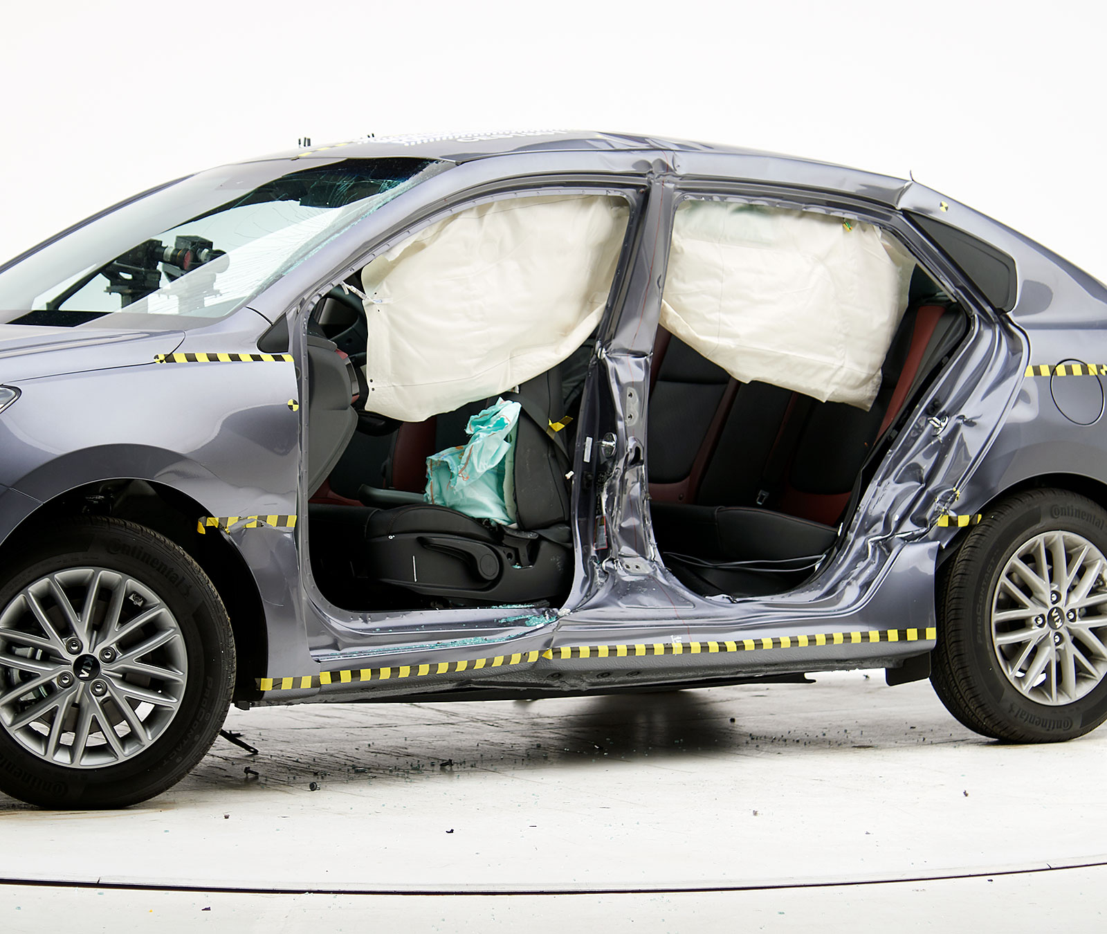 2019 Kia Rio Hatchback: 2019 Hyundai Accent
