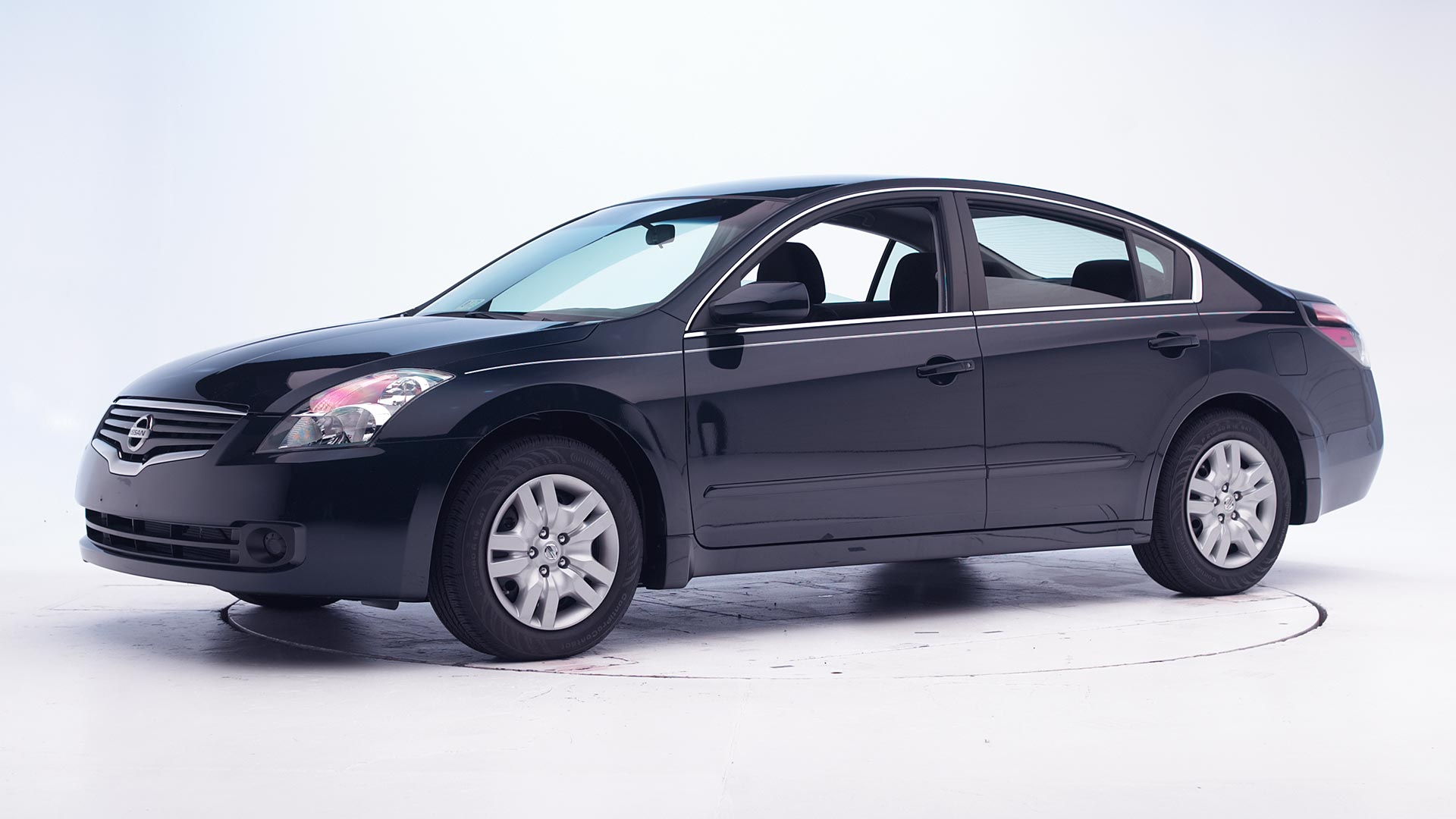 2010 Nissan Altima 4-door sedan