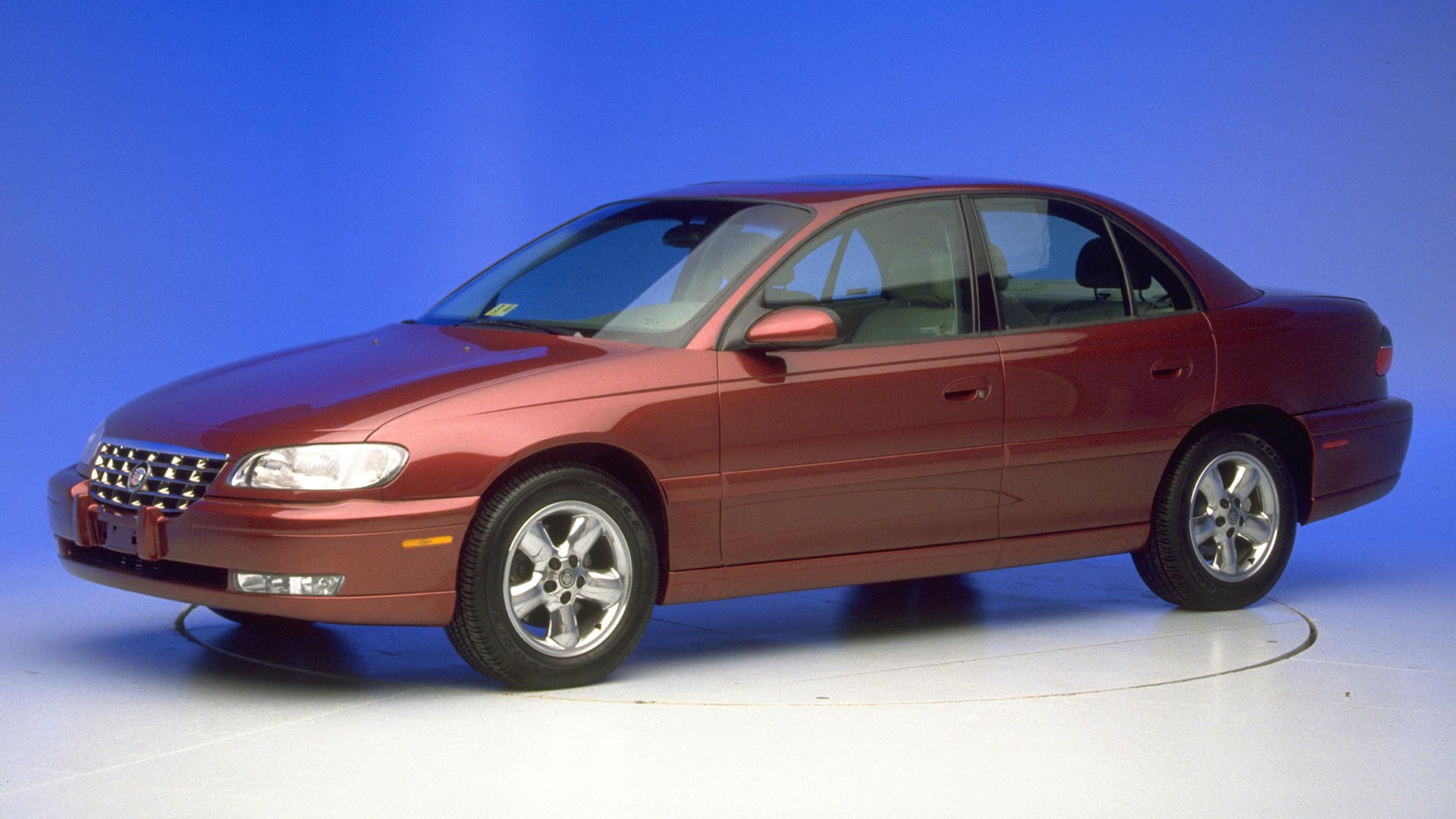 2000 Cadillac Catera 4-door sedan