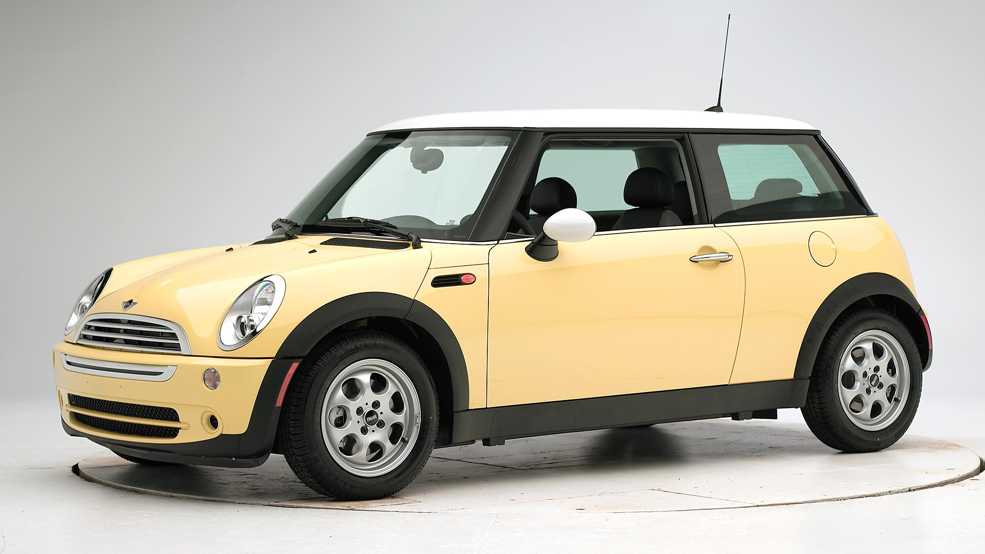 2006 Mini Cooper 2-door hatchback
