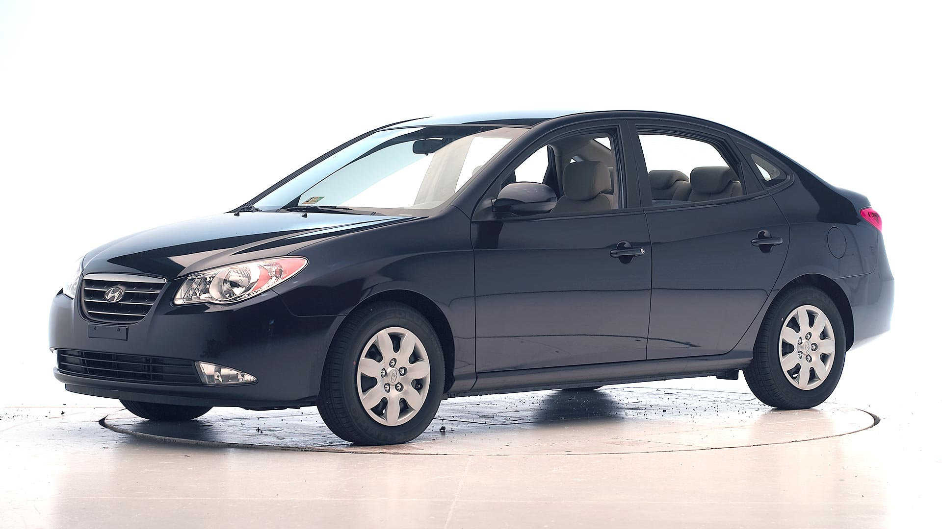 2008 Hyundai Elantra 4-door sedan