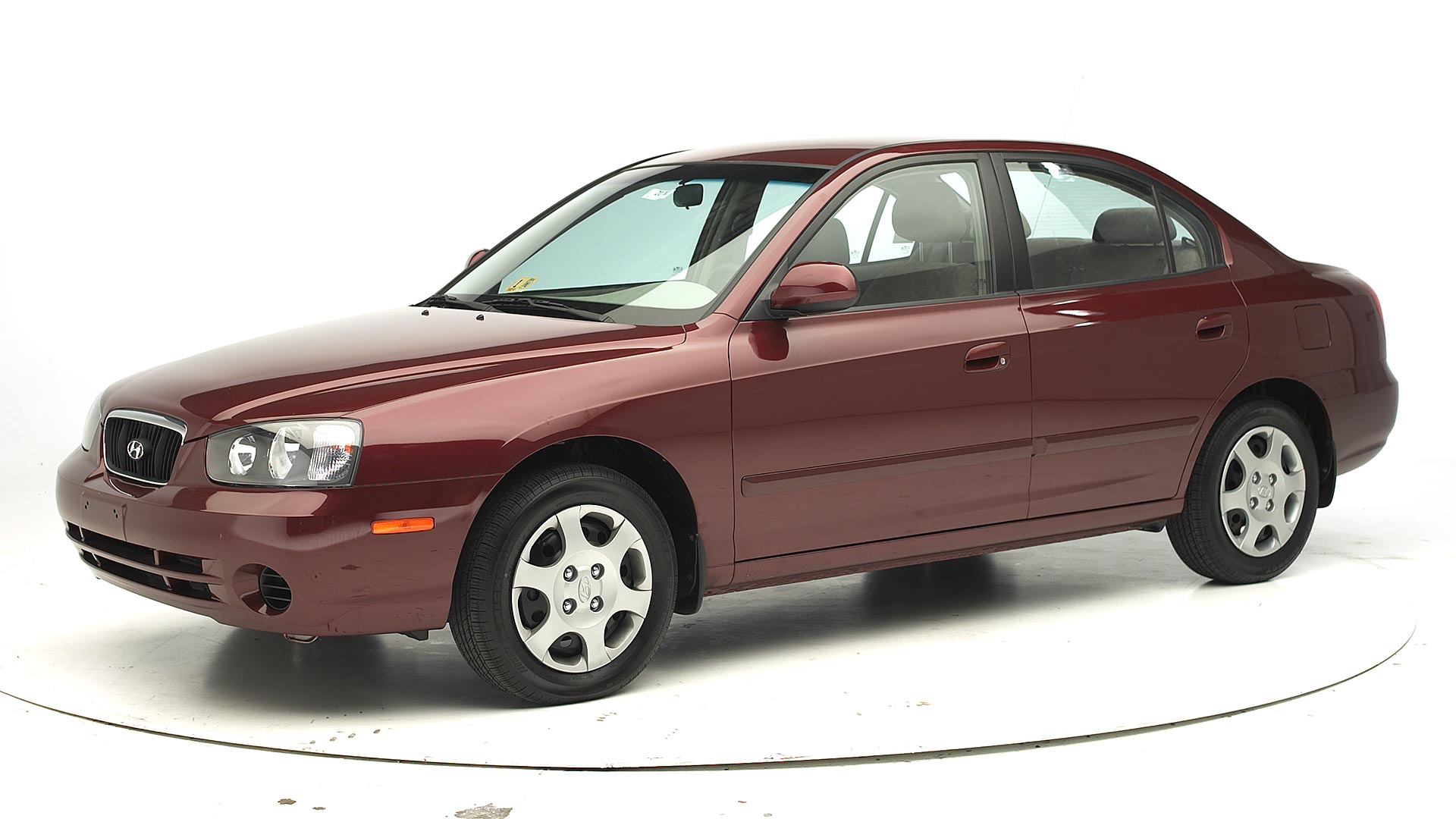 2001 Hyundai Elantra 4-door sedan