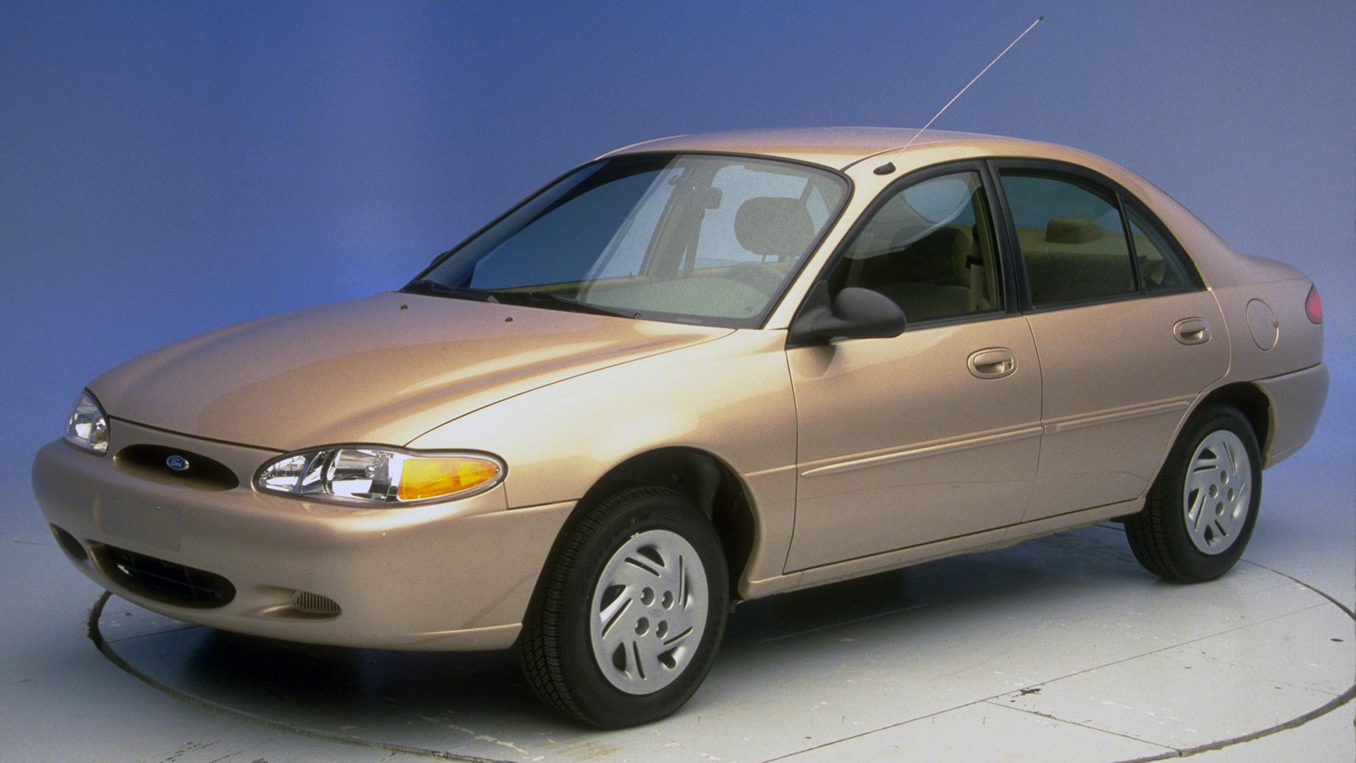 2002 Ford Escort 4-door sedan