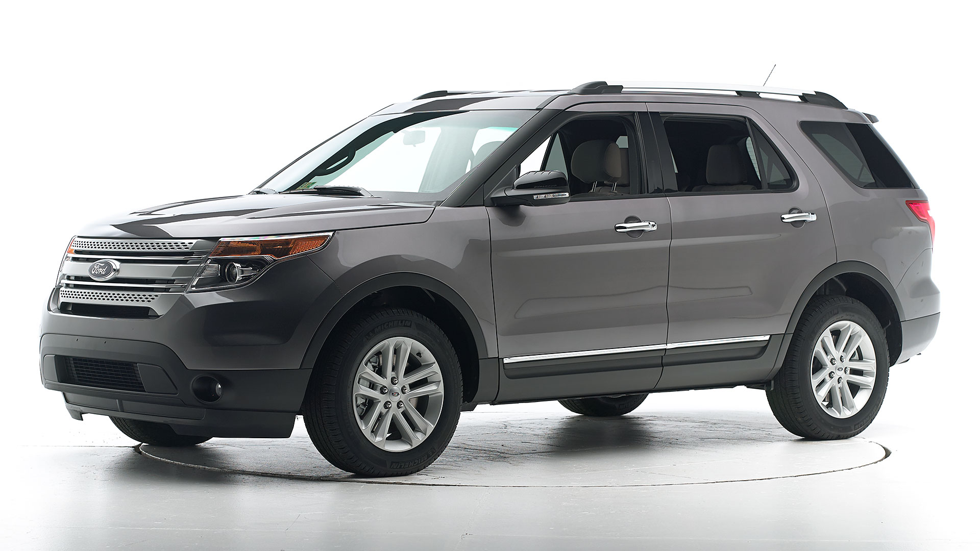 2015 Ford Explorer 4-door SUV