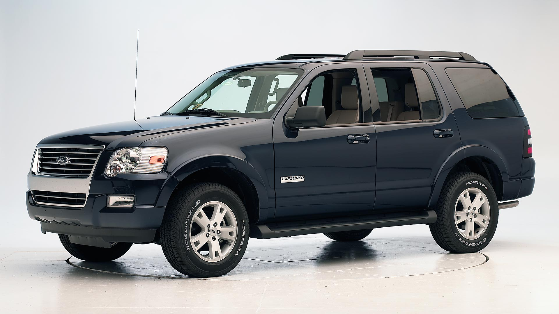 2007 Ford Explorer 4-door SUV