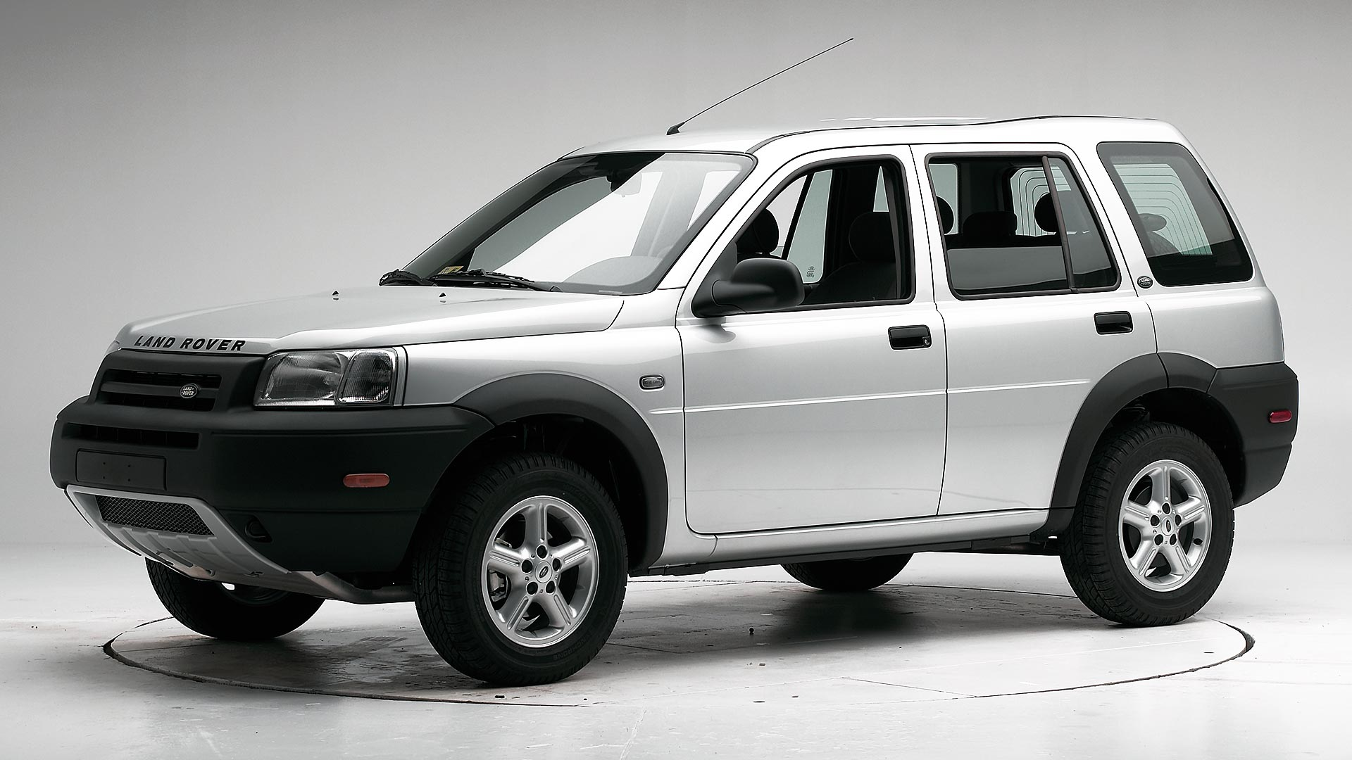 2005 Land Rover Freelander 4-door SUV