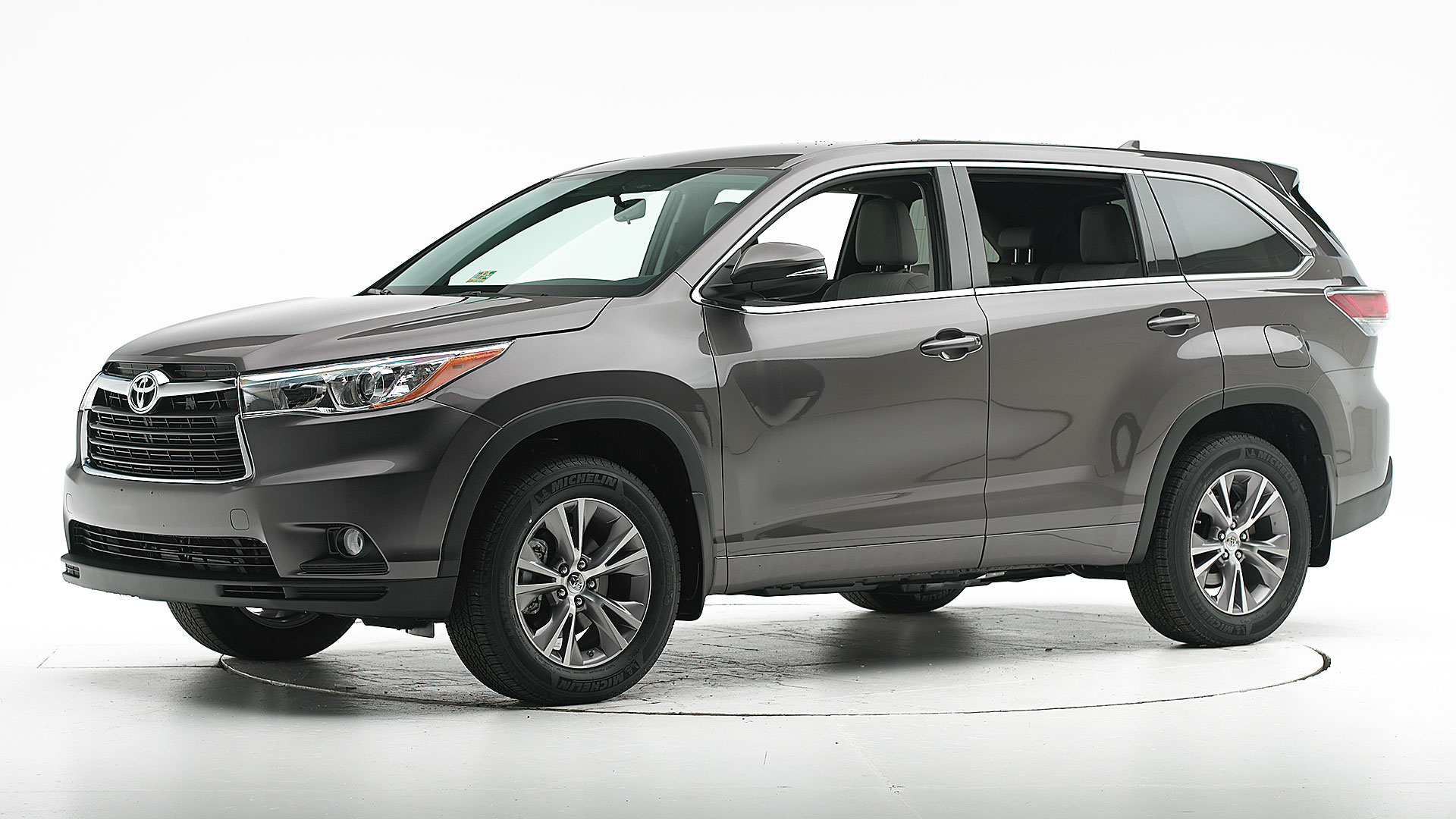 2014 Toyota Highlander 4-door SUV