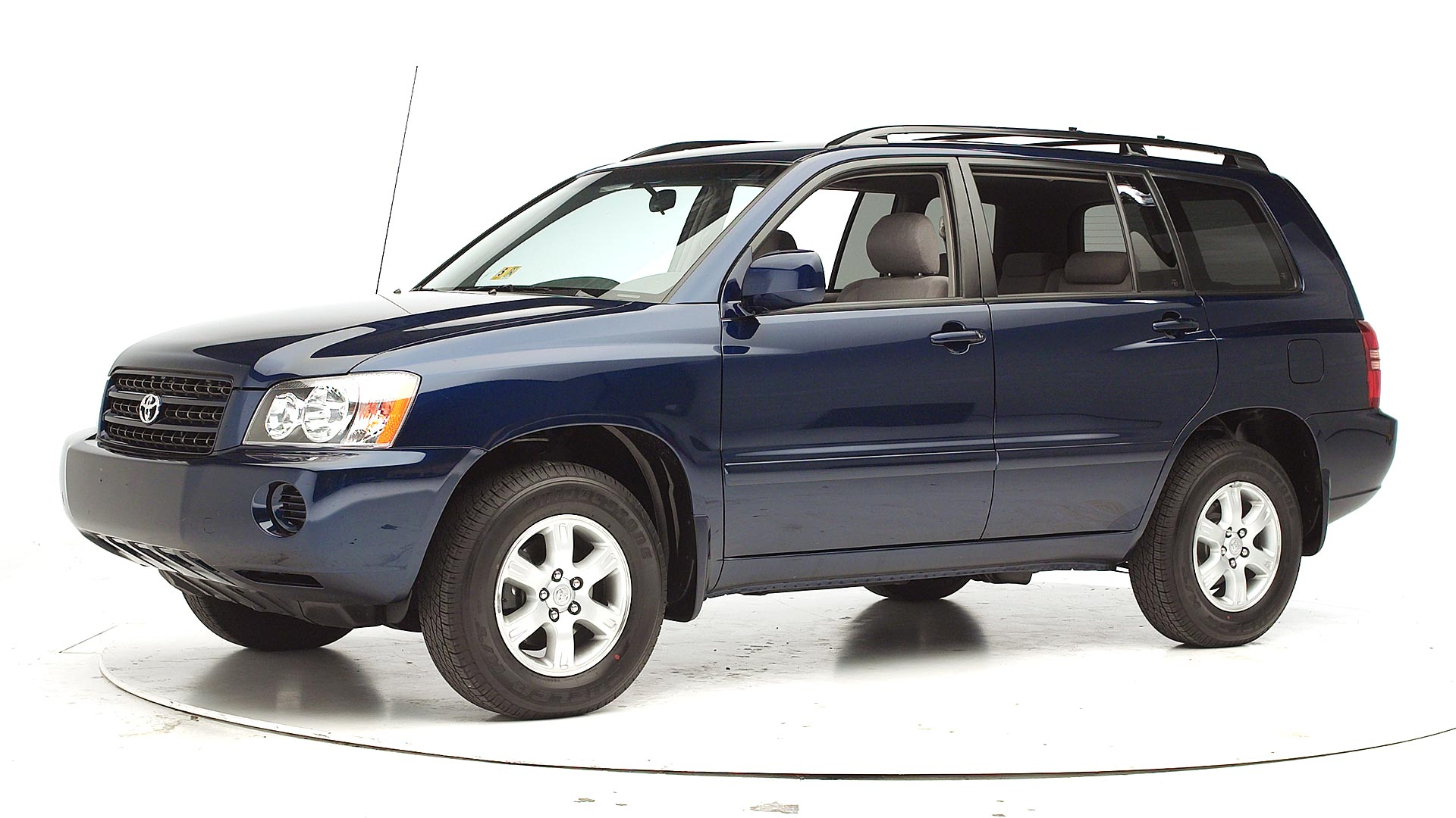 2002 Toyota Highlander 4-door SUV