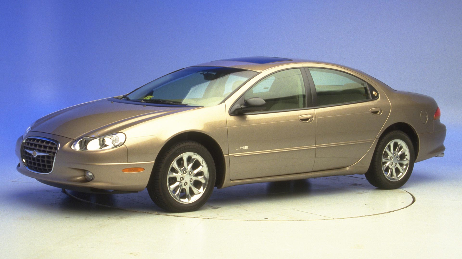 2000 Chrysler LHS 4-door sedan