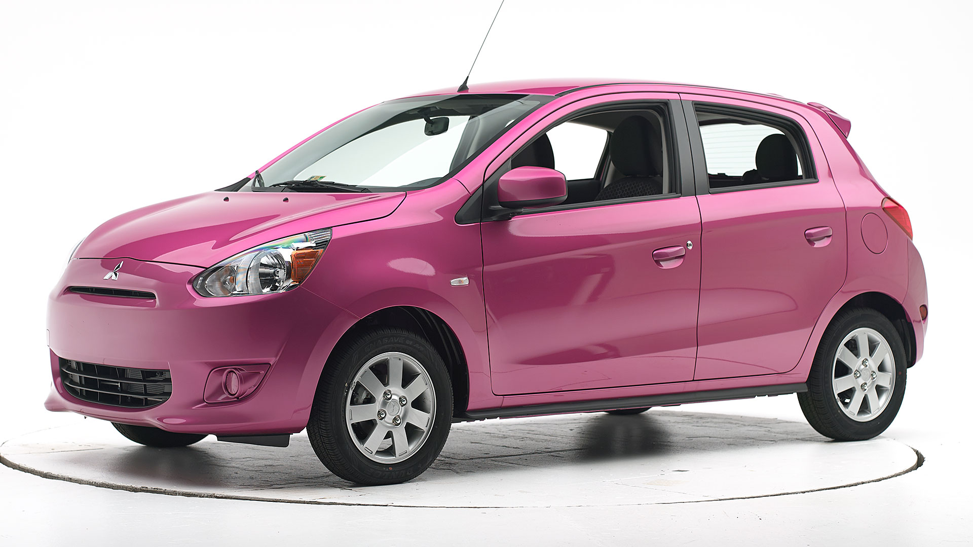 2015 Mitsubishi Mirage 4-door hatchback