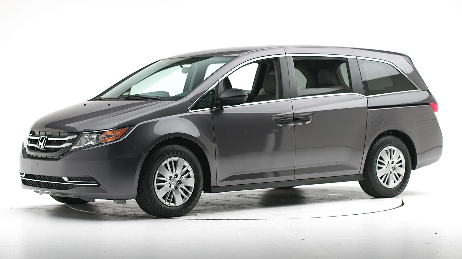 Kekurangan Honda Odyssey 2015 Top Model Tahun Ini