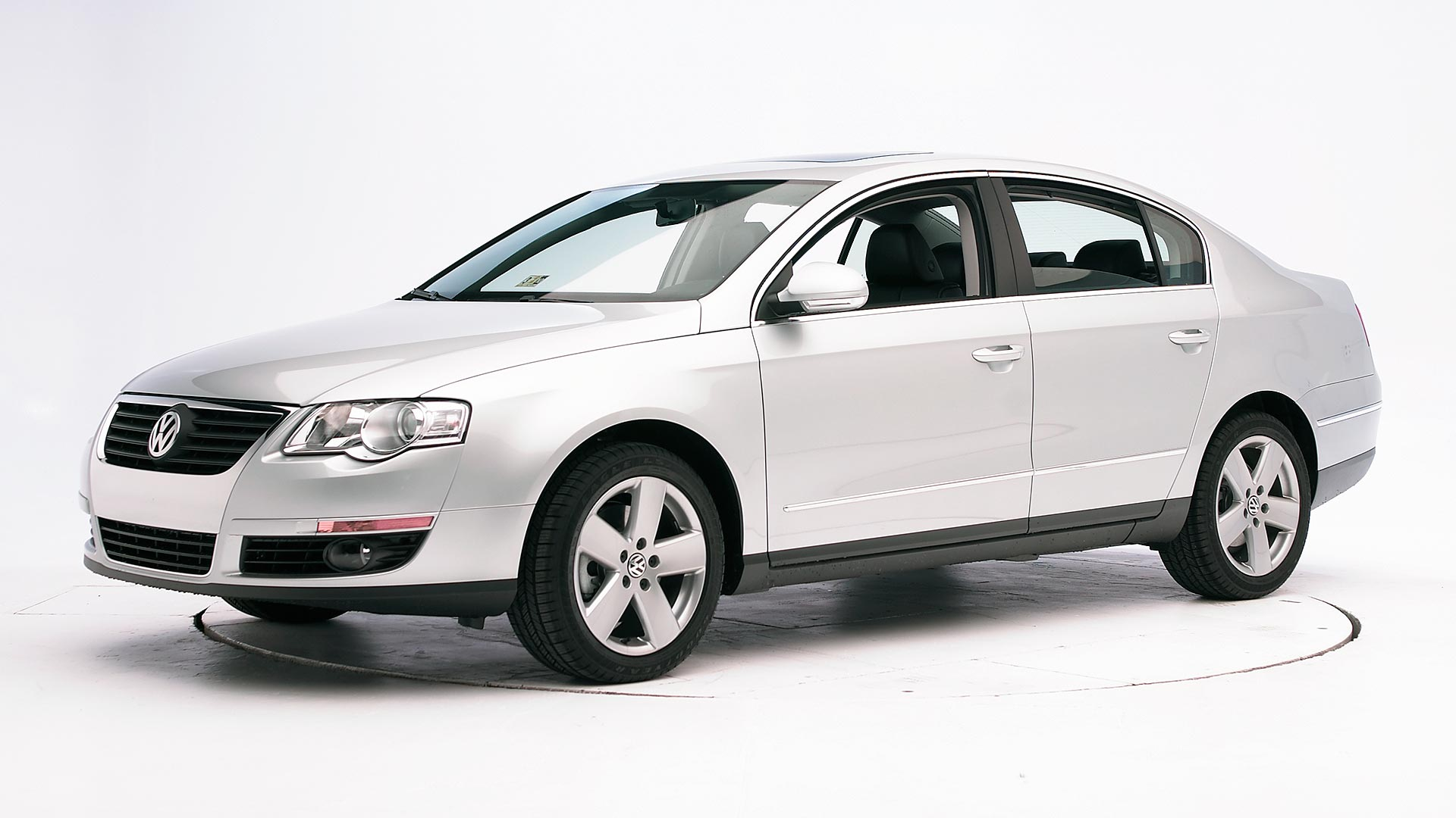 2009 Volkswagen Passat 4-door sedan