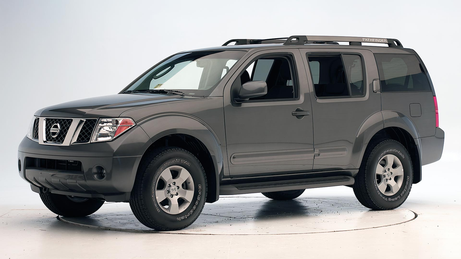 2012 Nissan Pathfinder 4-door SUV