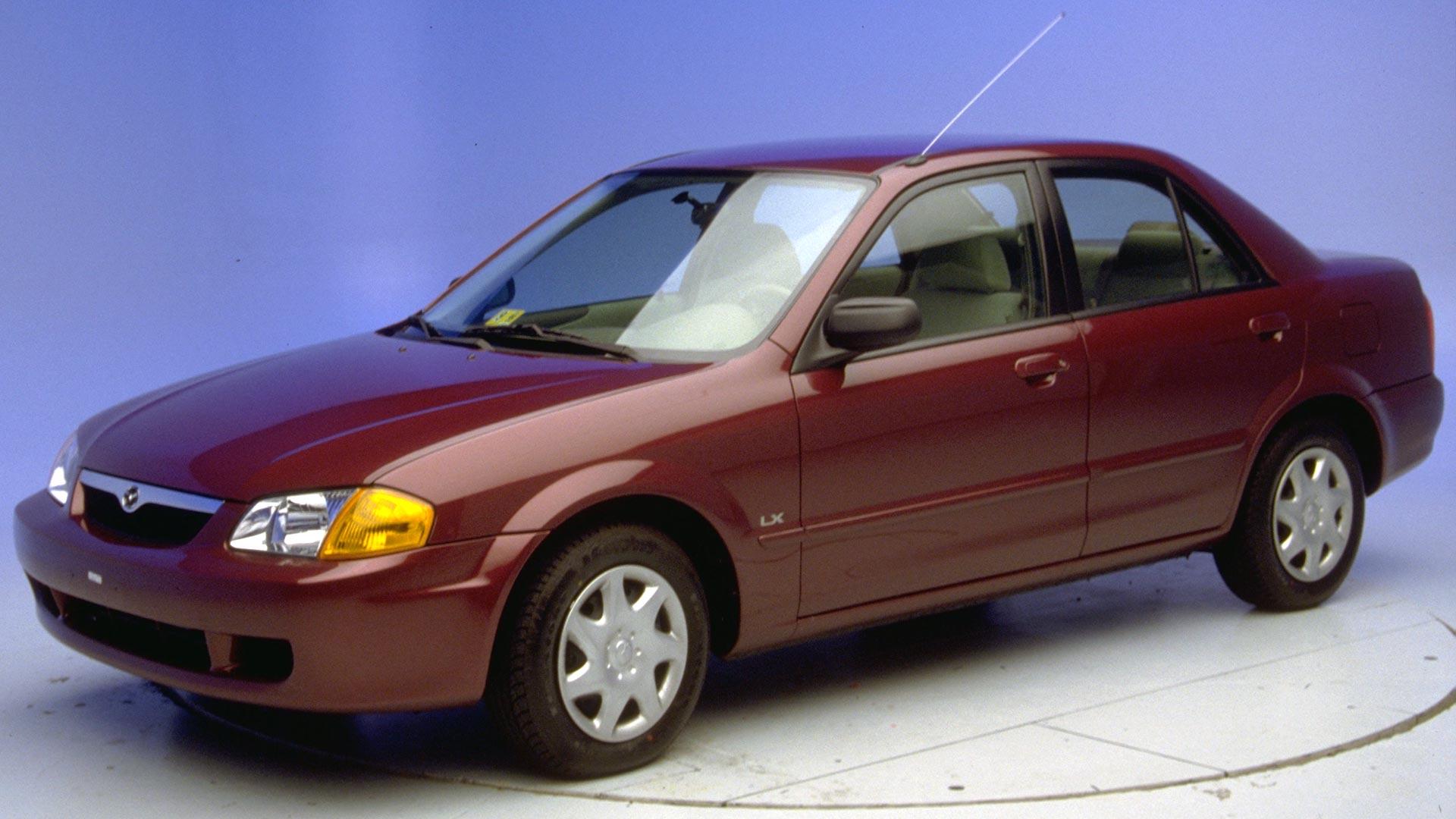 Kekurangan Mazda 1999 Perbandingan Harga