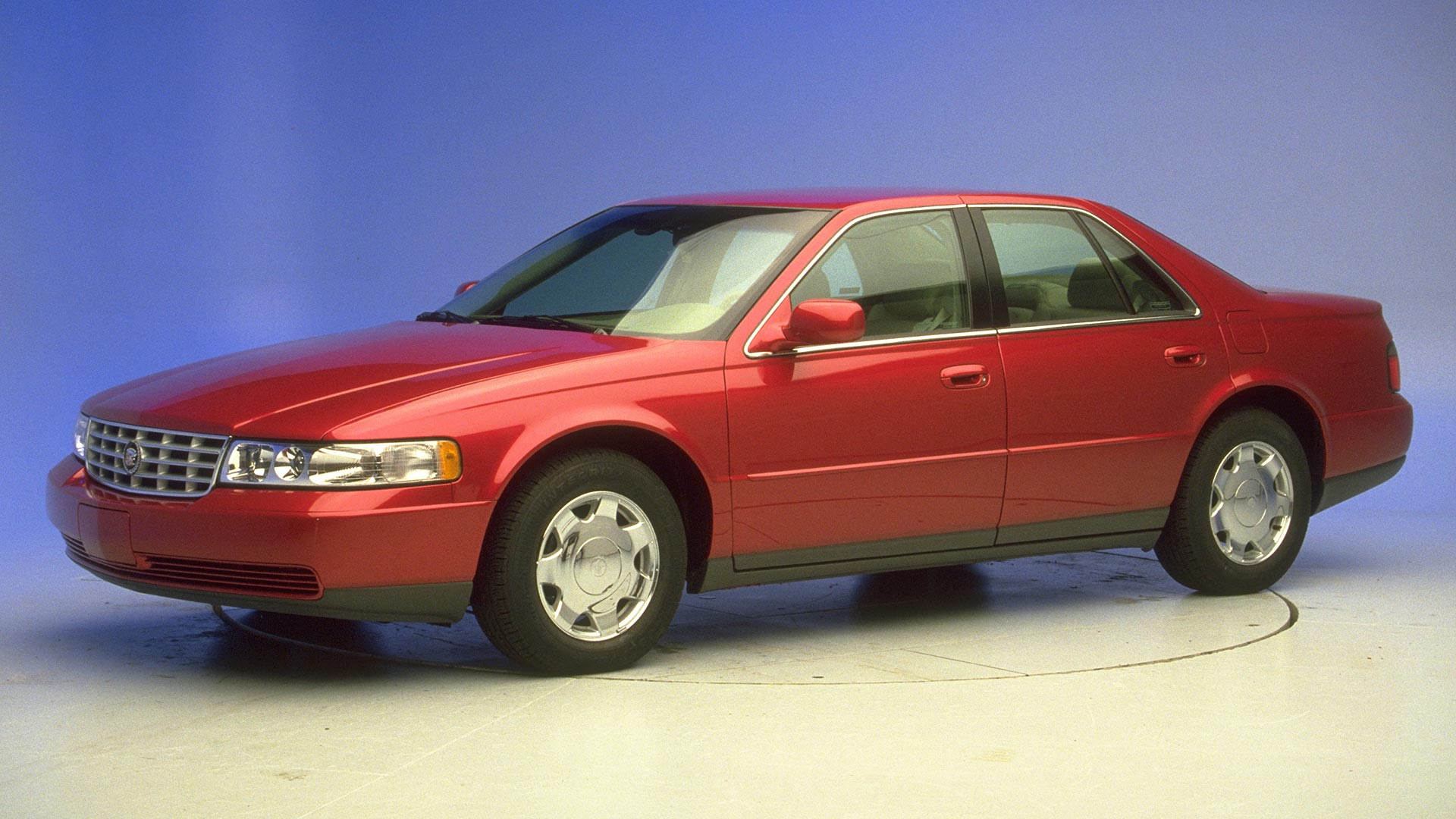 2002 Cadillac Seville 4-door sedan