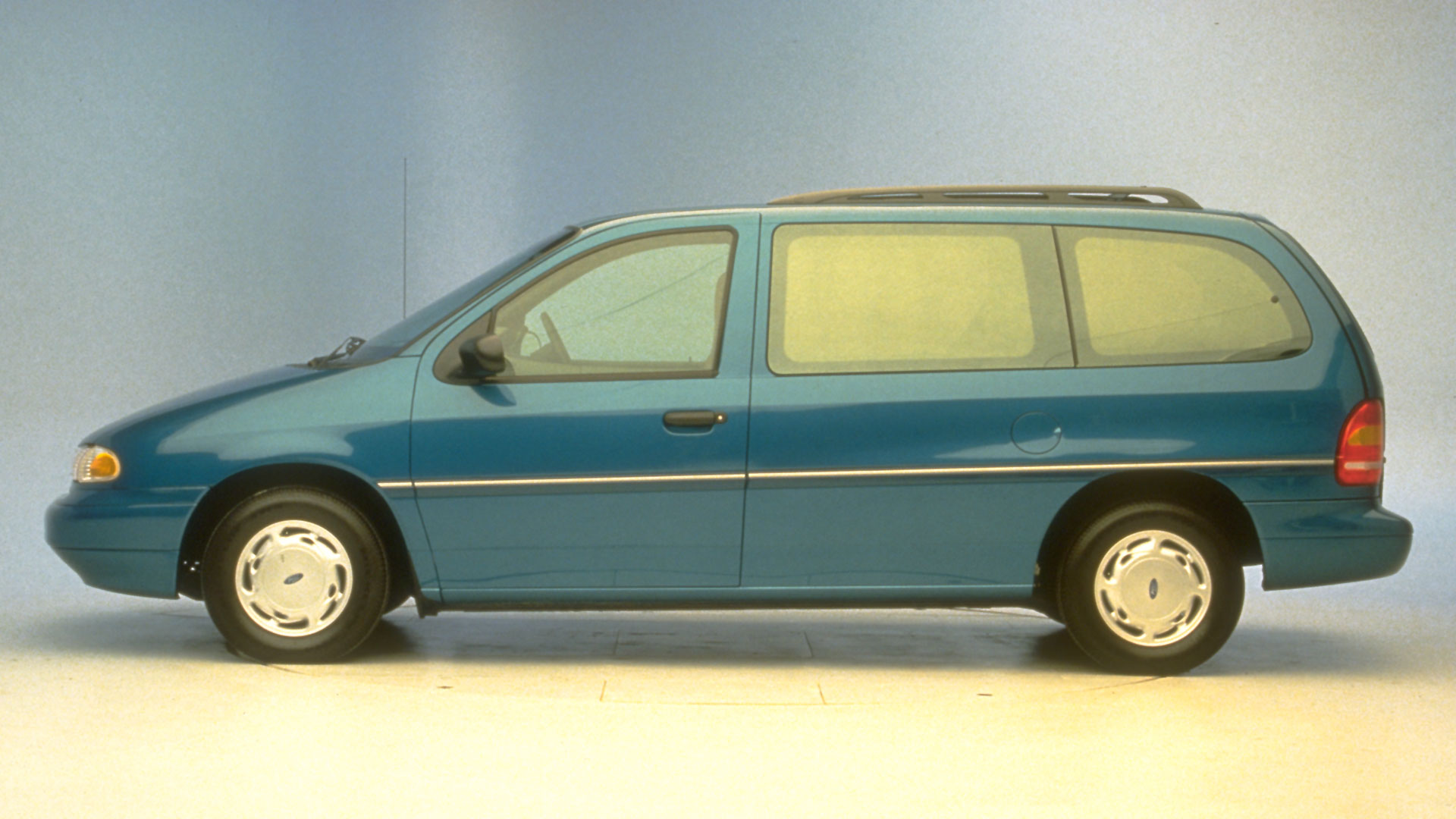 1996 Ford Windstar Minivan