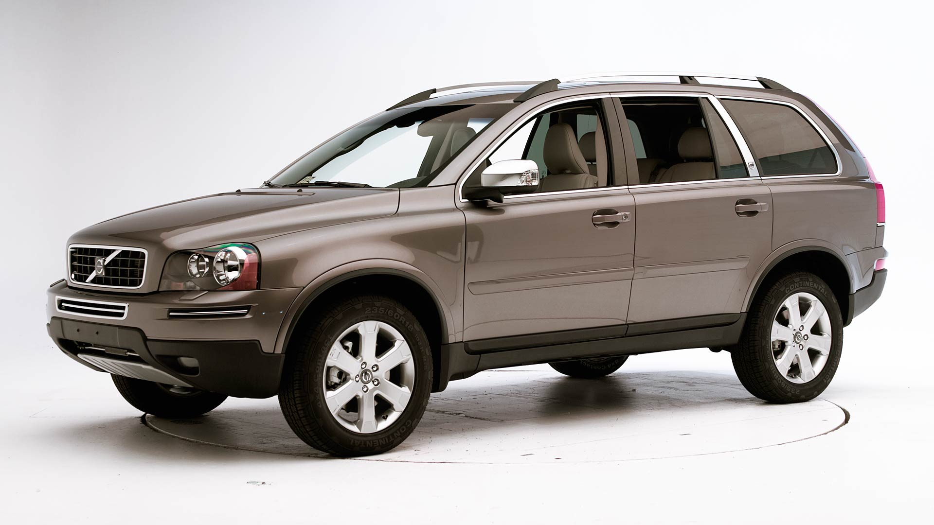2010 Volvo XC90 4-door SUV