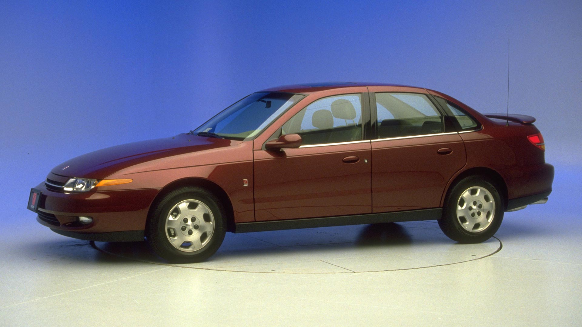 2003 Saturn L Series 4-door sedan