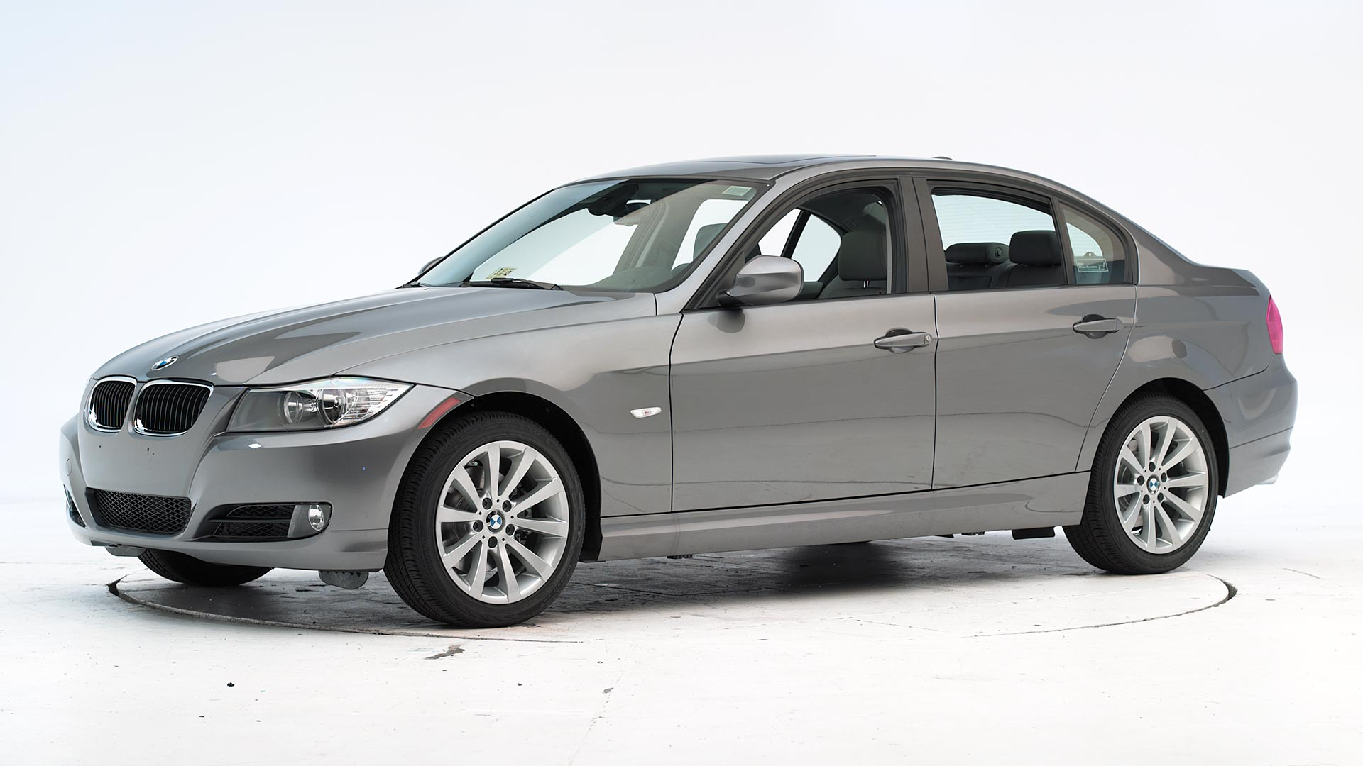 2011 BMW 3 series 4-door sedan