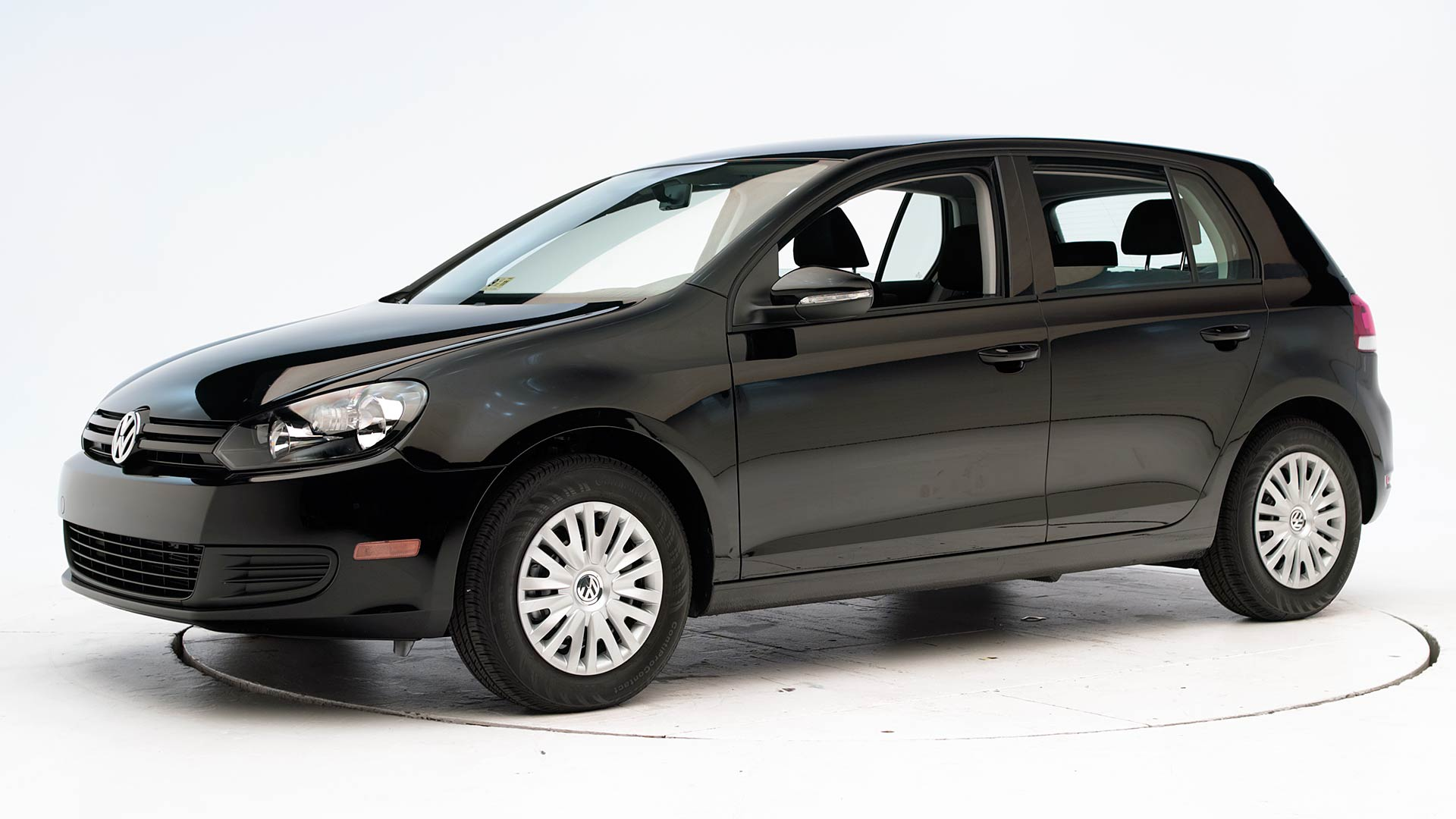 2011 Volkswagen Golf 4-door hatchback