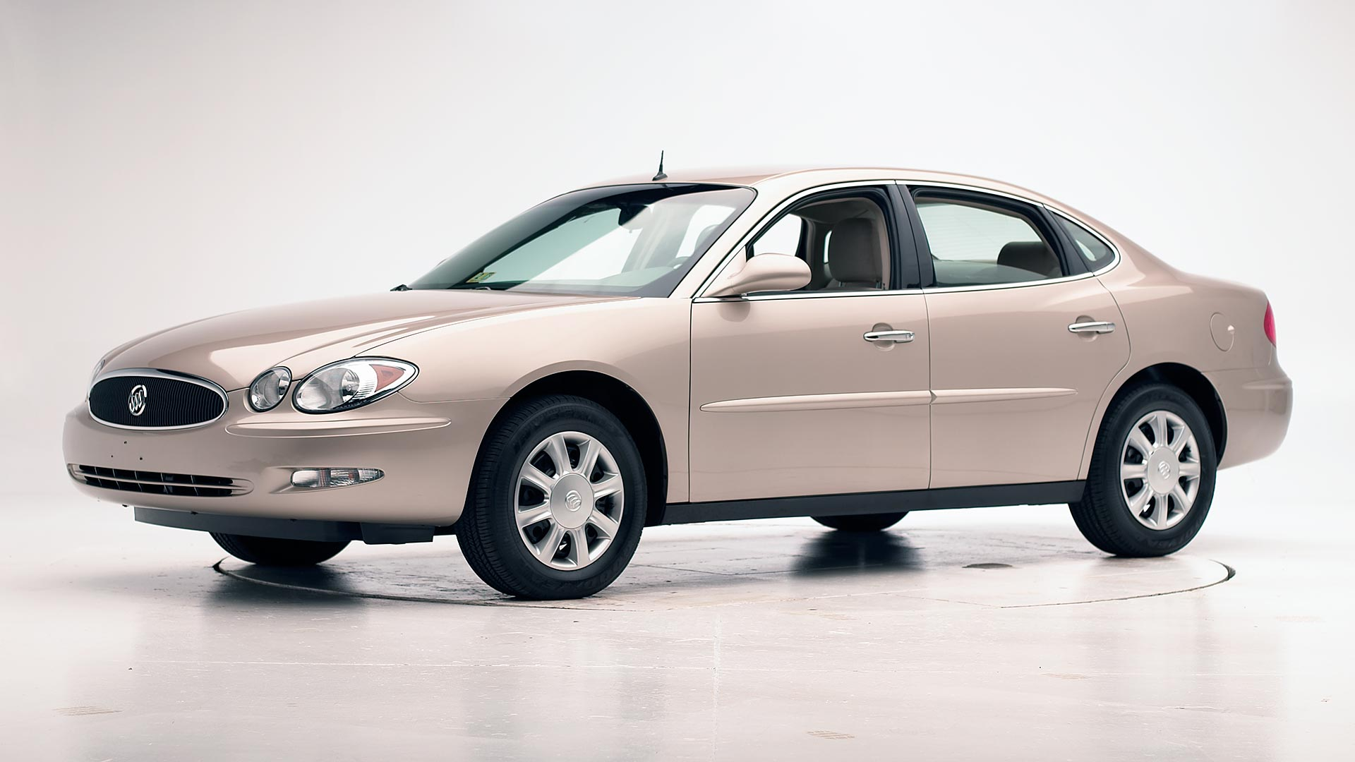 2005 Buick LaCrosse 4-door sedan