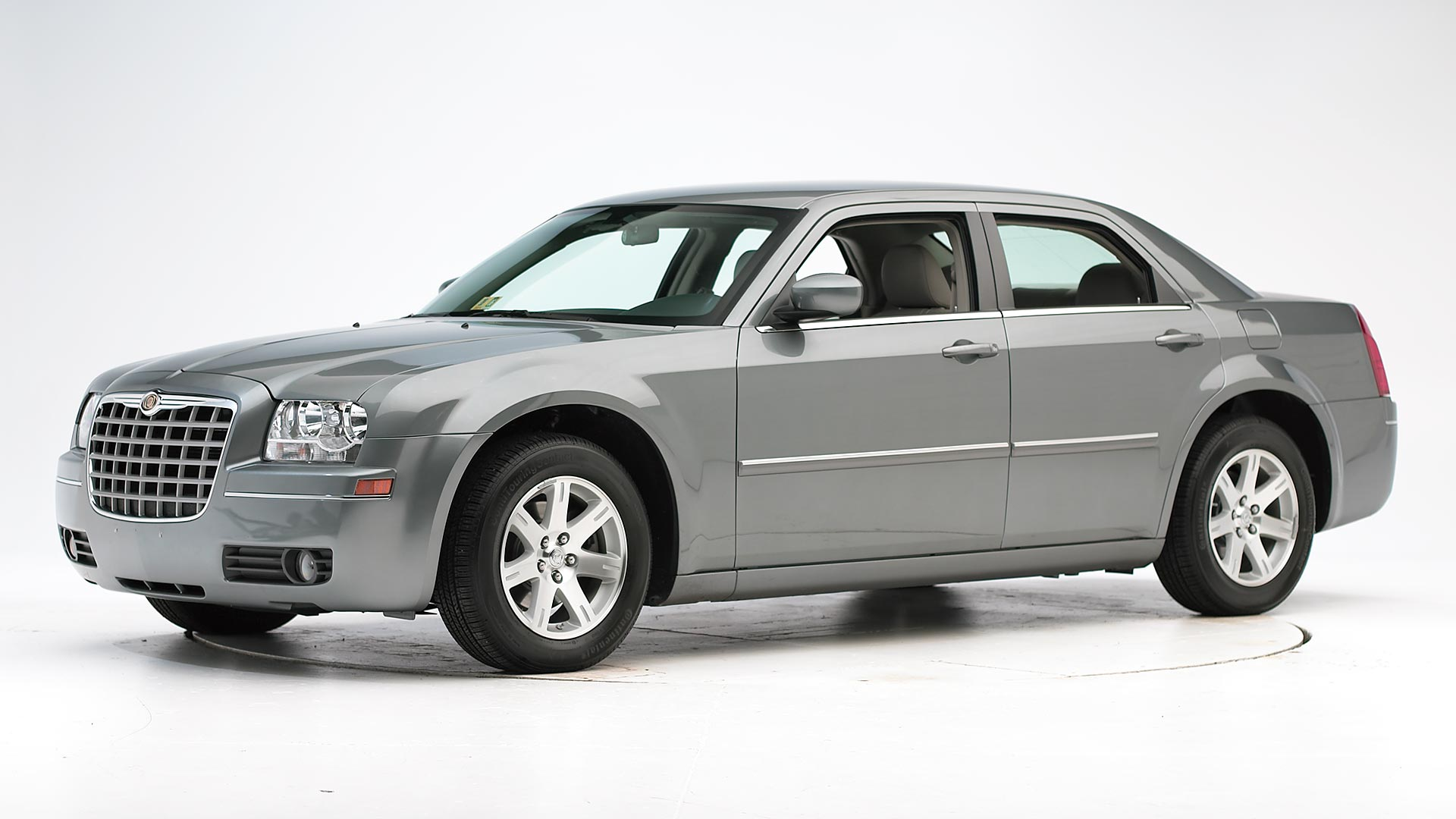 2010 Chrysler 300 4-door sedan