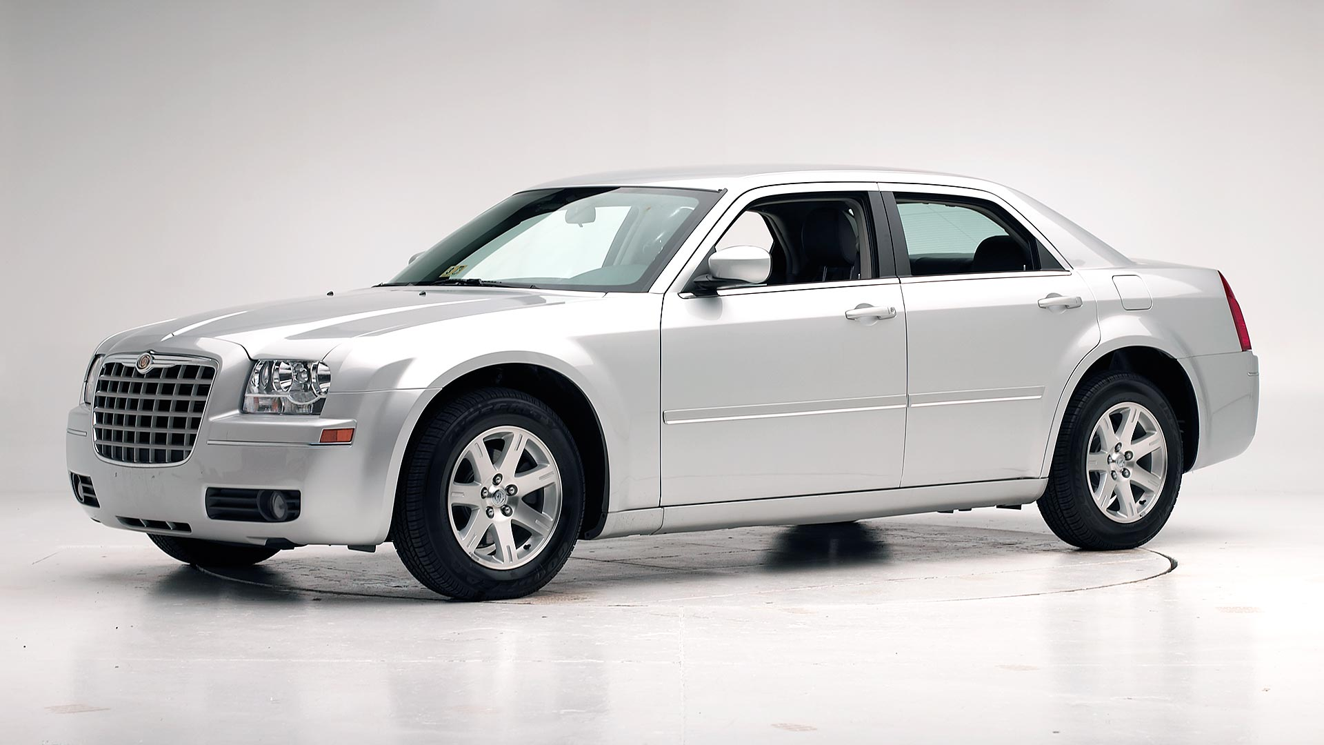 2005 Chrysler 300 4-door sedan