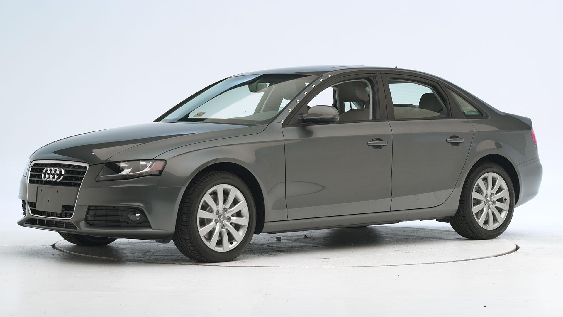 Kelebihan Audi A4 2012 Tangguh