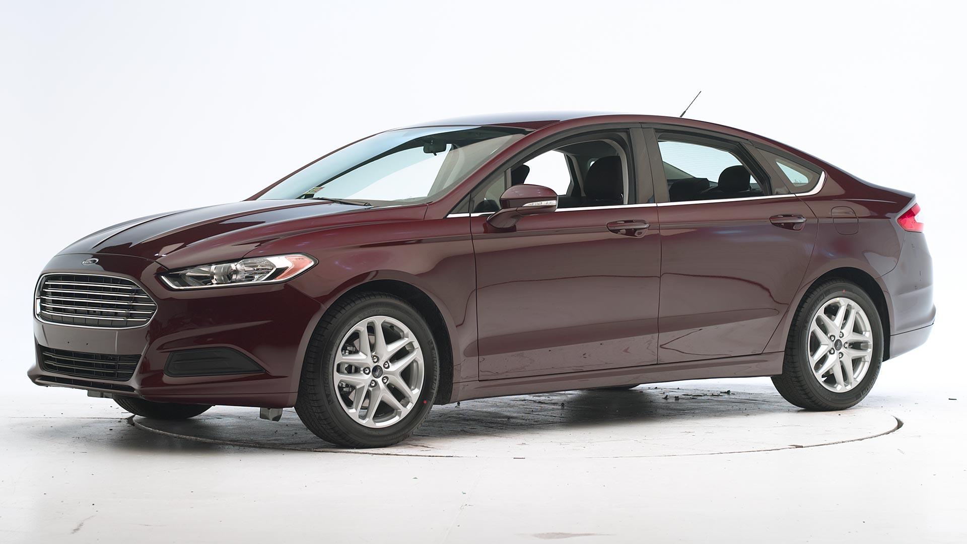 2017 Ford Fusion 4 Door Sedan