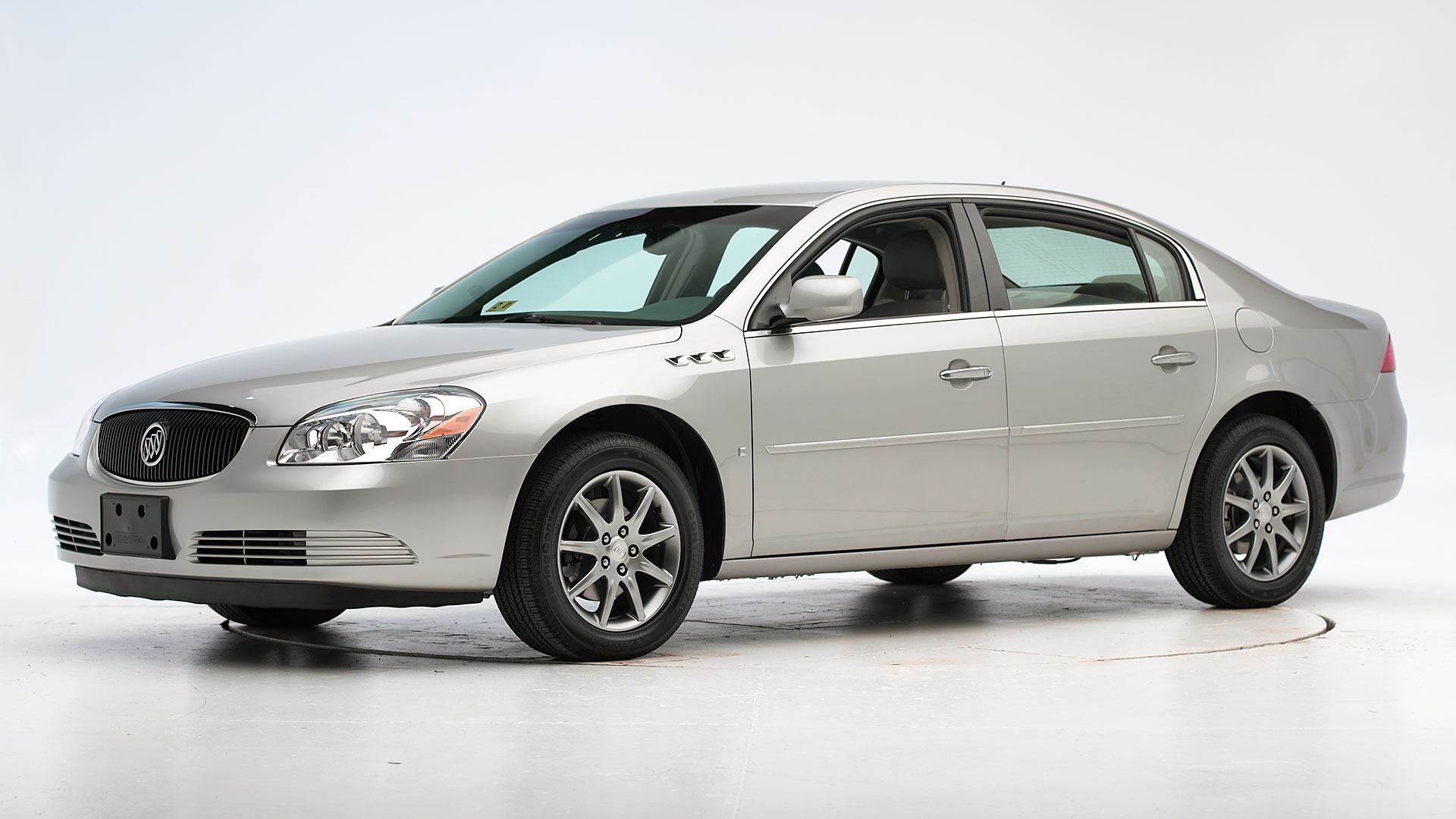 2010 Buick Lucerne 4-door sedan