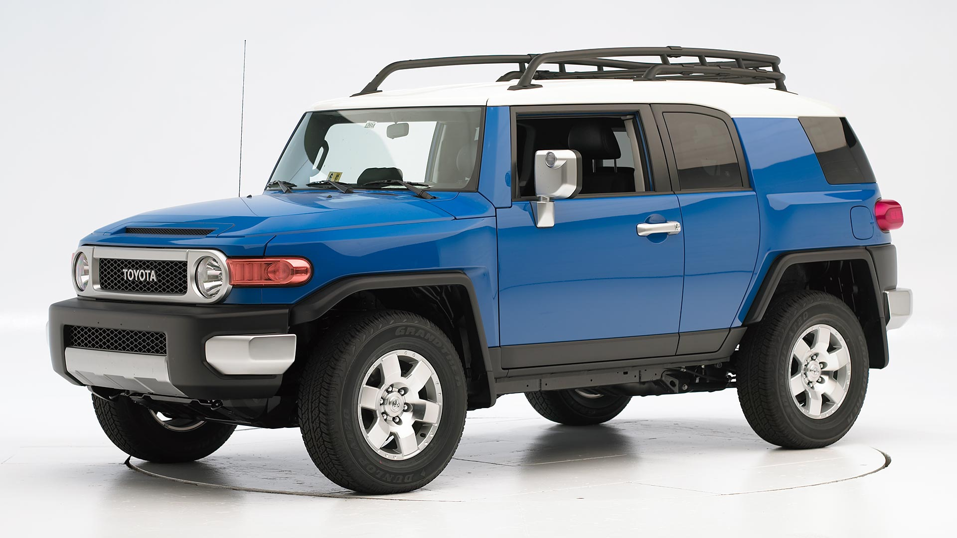 2009 Toyota FJ Cruiser 4-door SUV