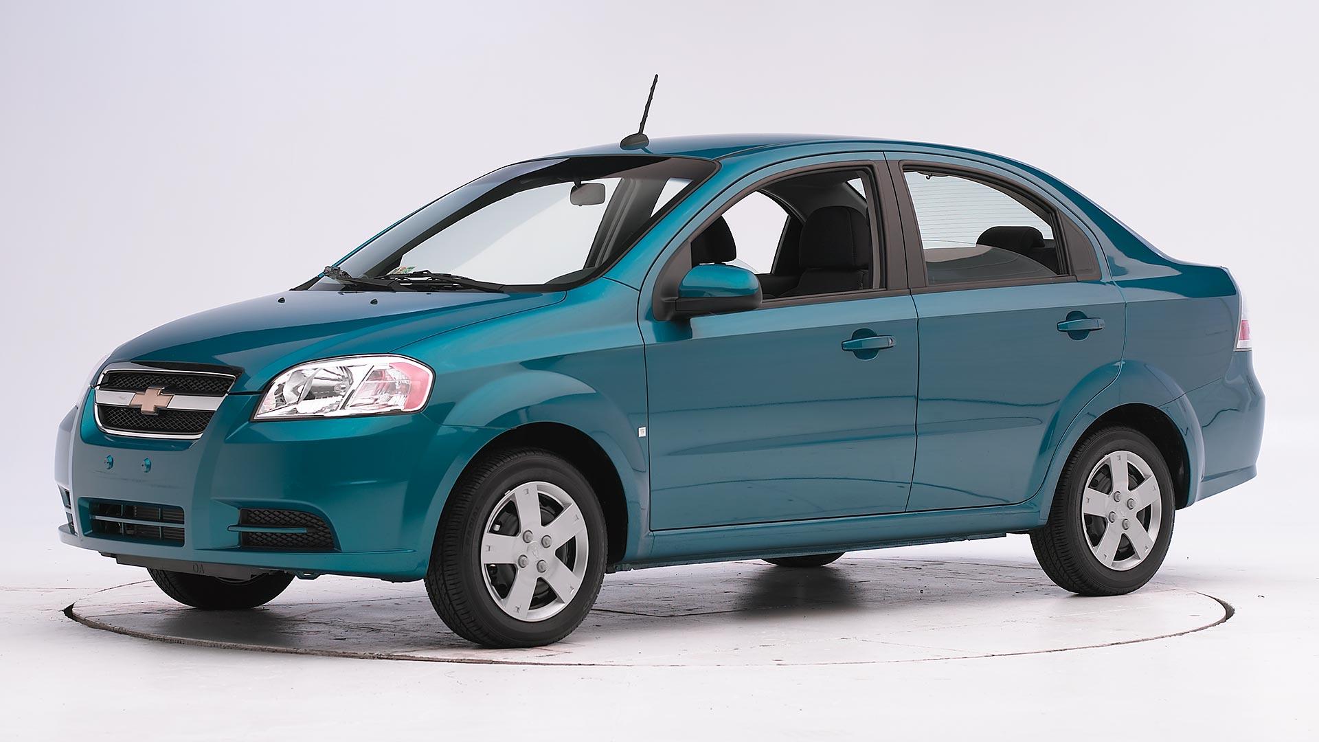 Kekurangan Chevrolet Aveo 2011 Spesifikasi