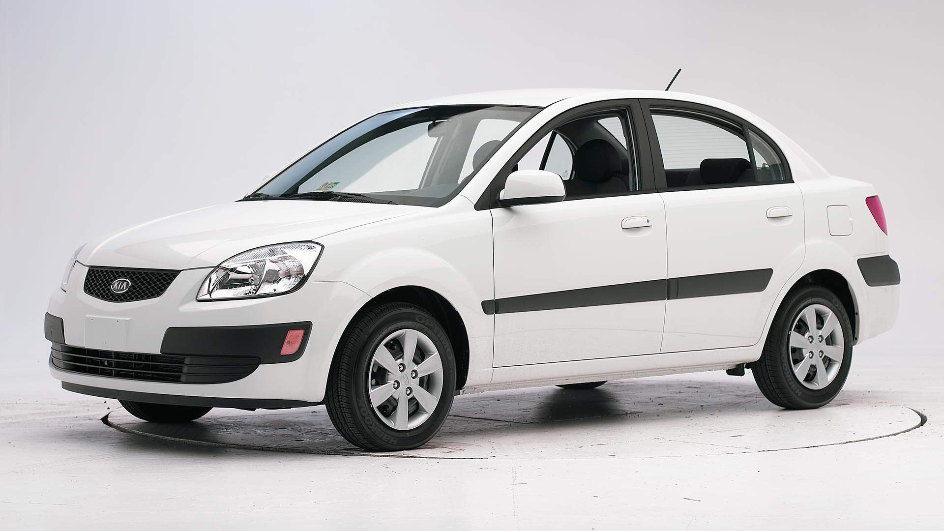 2010 Kia Rio 4-door sedan