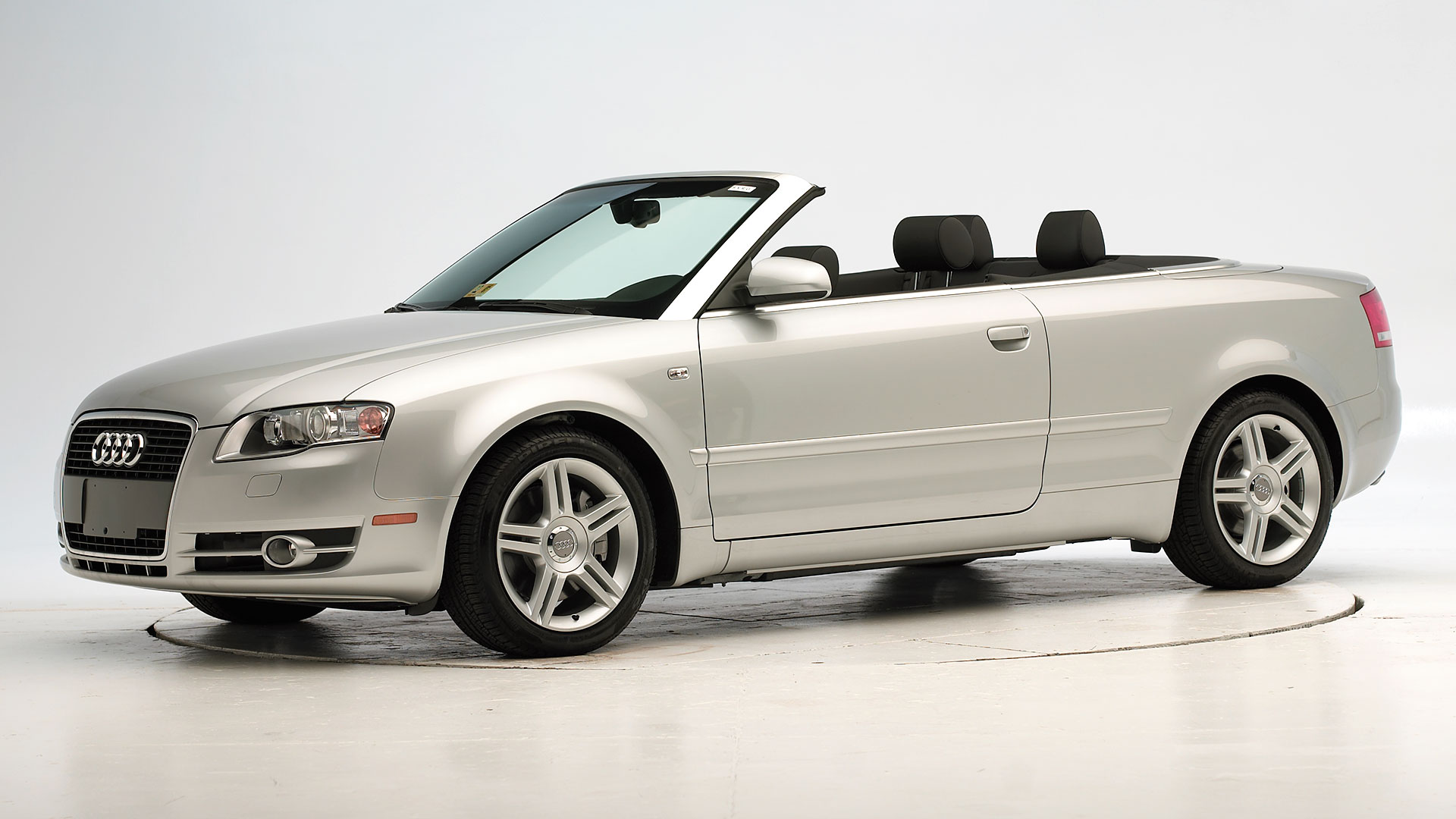 2009 Audi A4 Cabriolet 2-door convertible