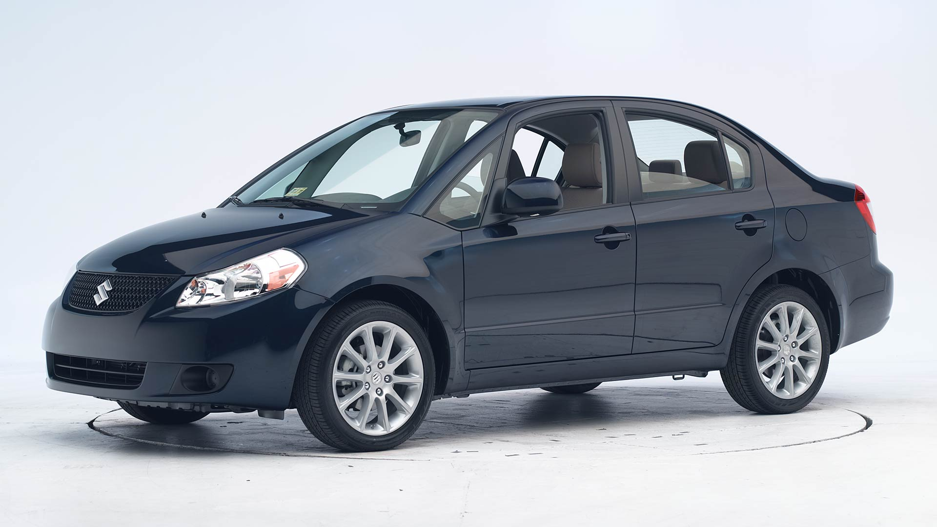 2011 Suzuki SX4 4-door sedan