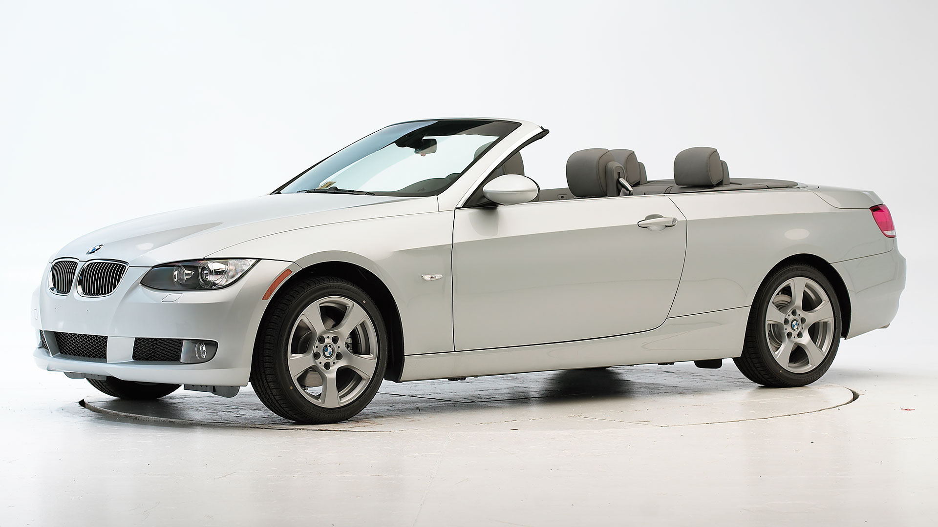 2007 BMW 3 series 2-door convertible