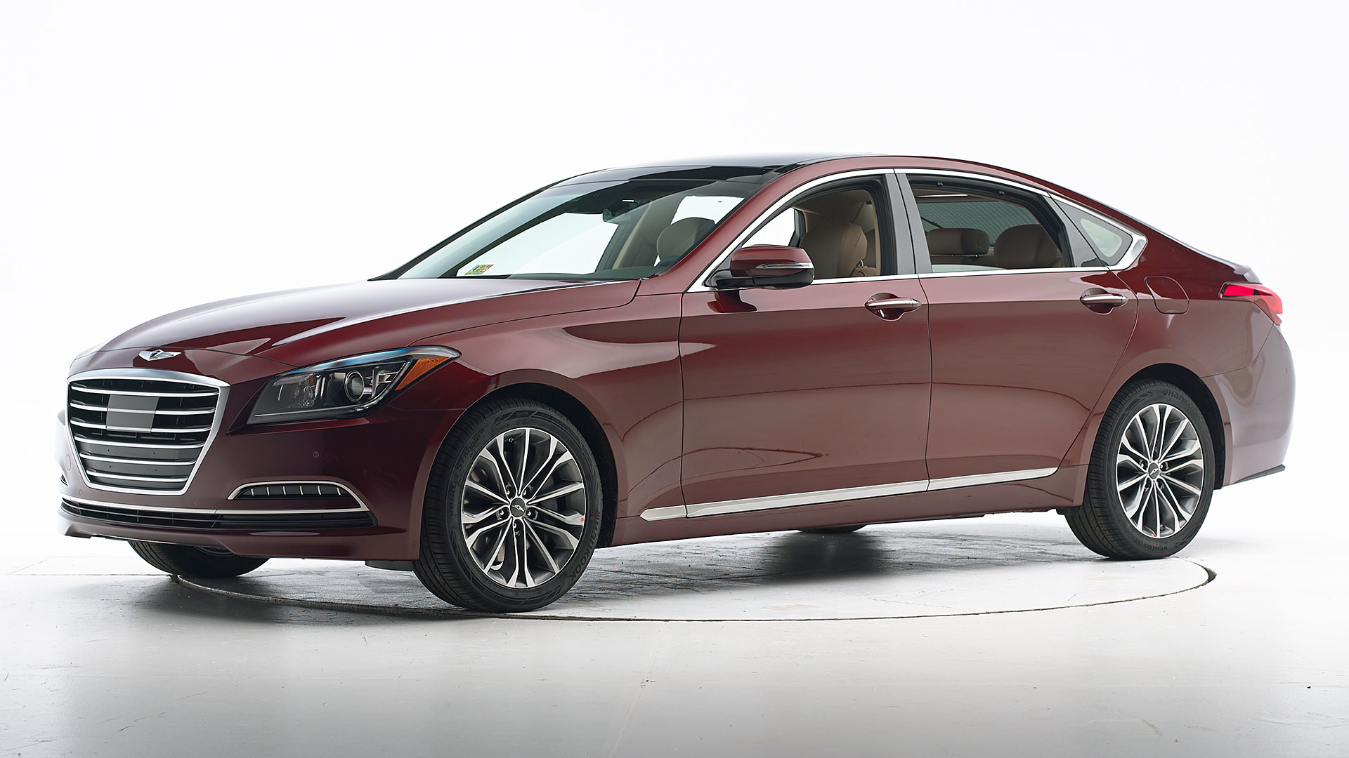 2016 Hyundai Genesis 4-door sedan