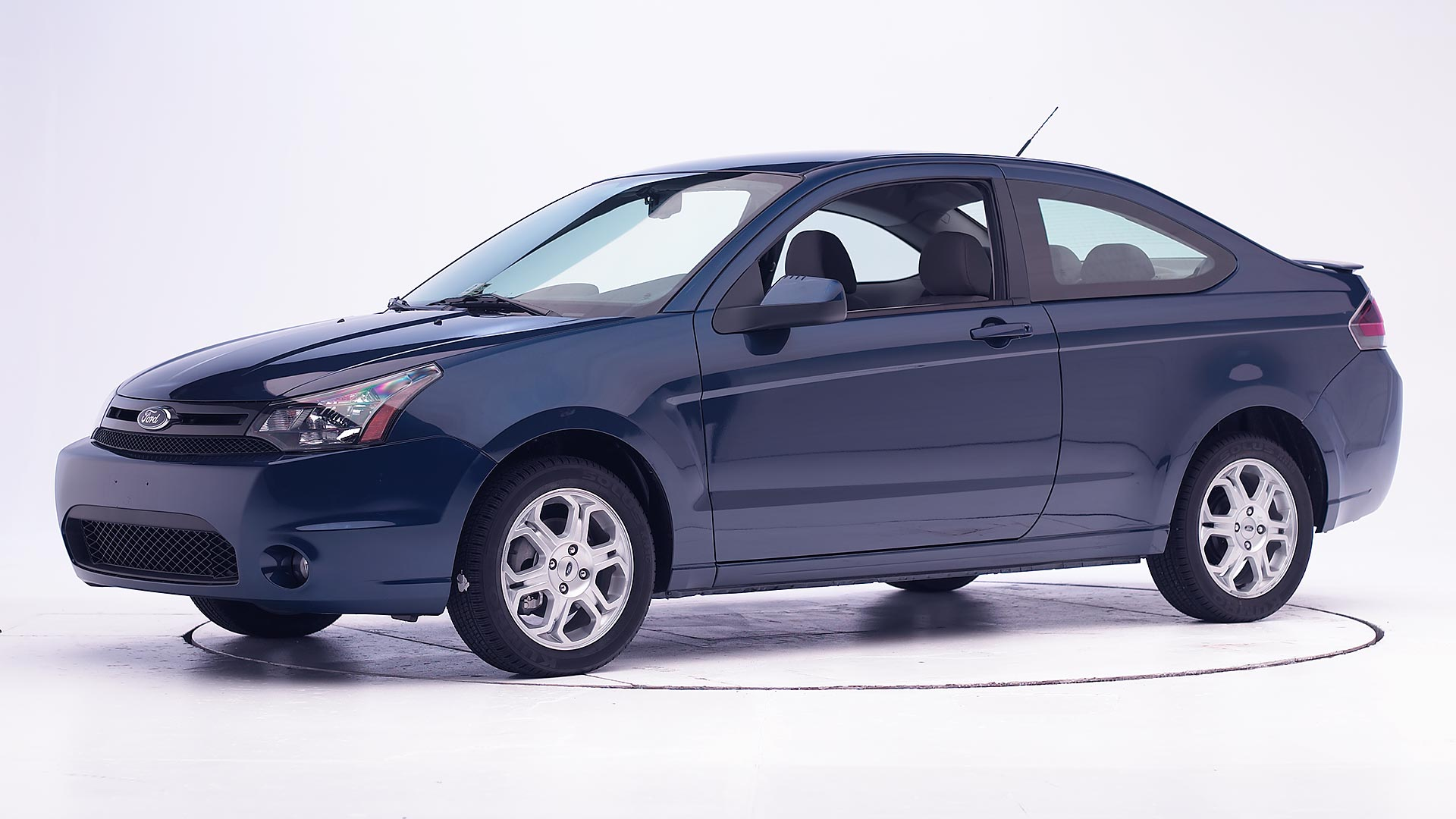 2010 Ford Focus 2-door coupe
