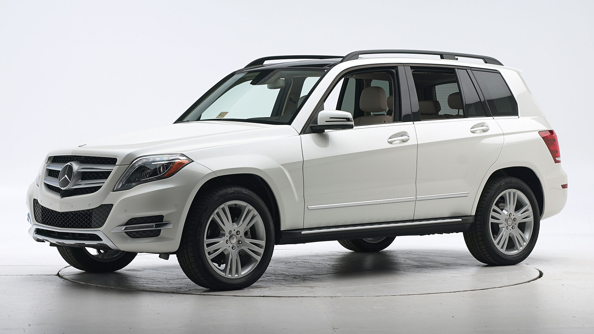 2015 Mercedes-Benz GLK 4-door SUV