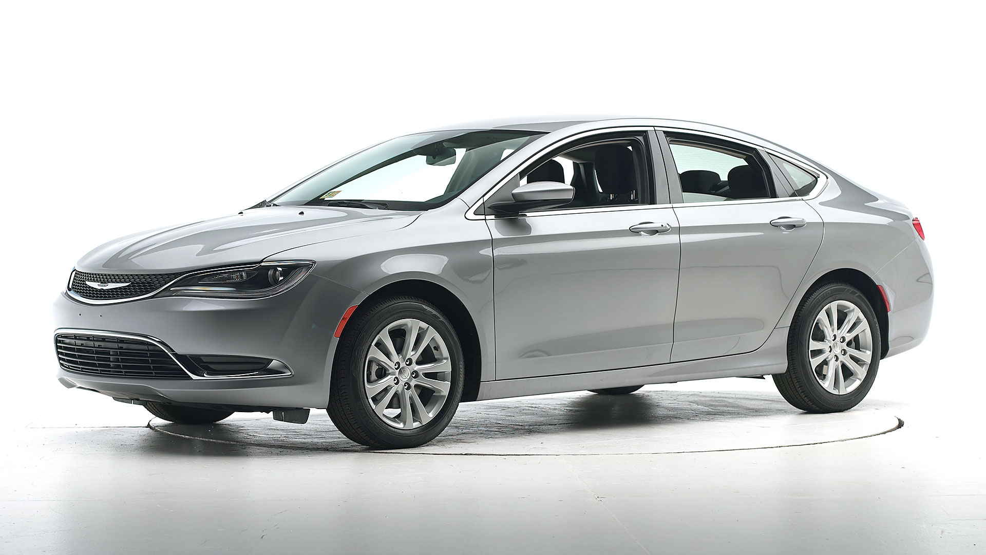 2016 Chrysler 200 4-door sedan