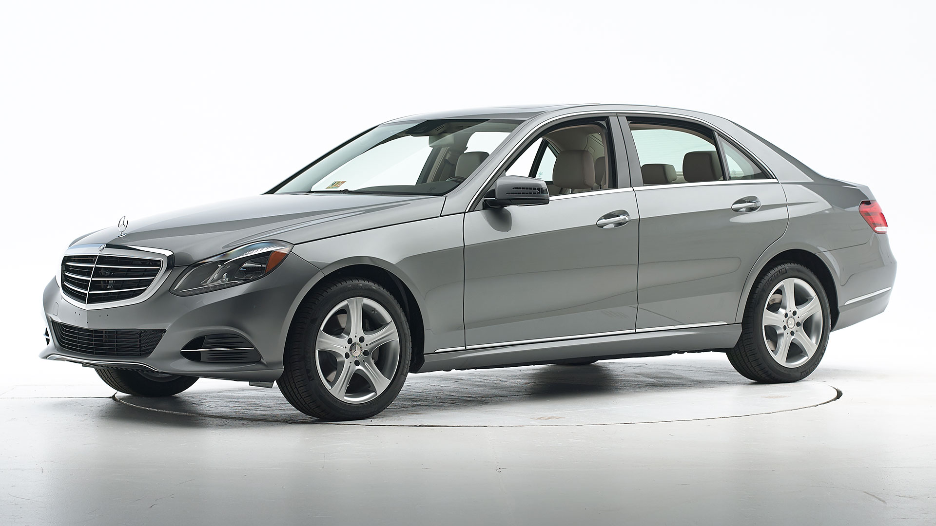 2014 Mercedes-Benz E-Class 4-door sedan
