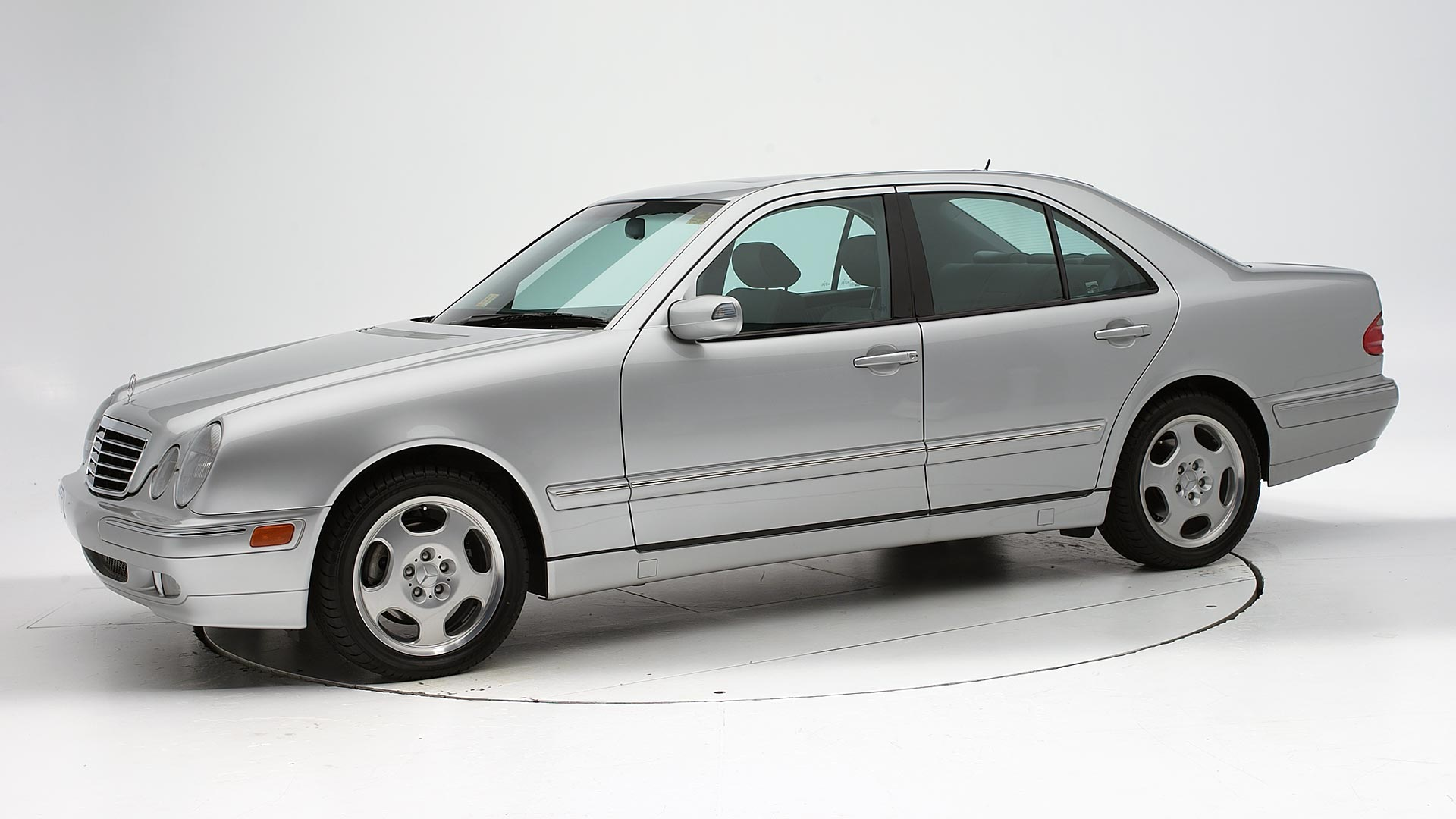 2002 Mercedes-Benz E-Class 4-door sedan