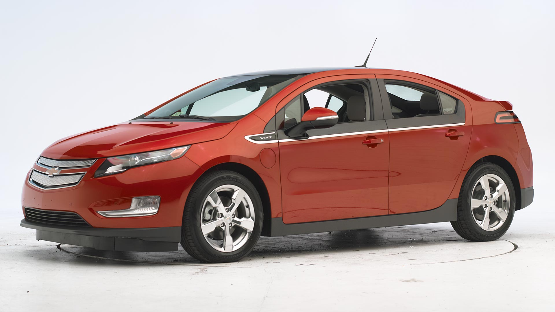 2011 Chevrolet Volt 4-door sedan