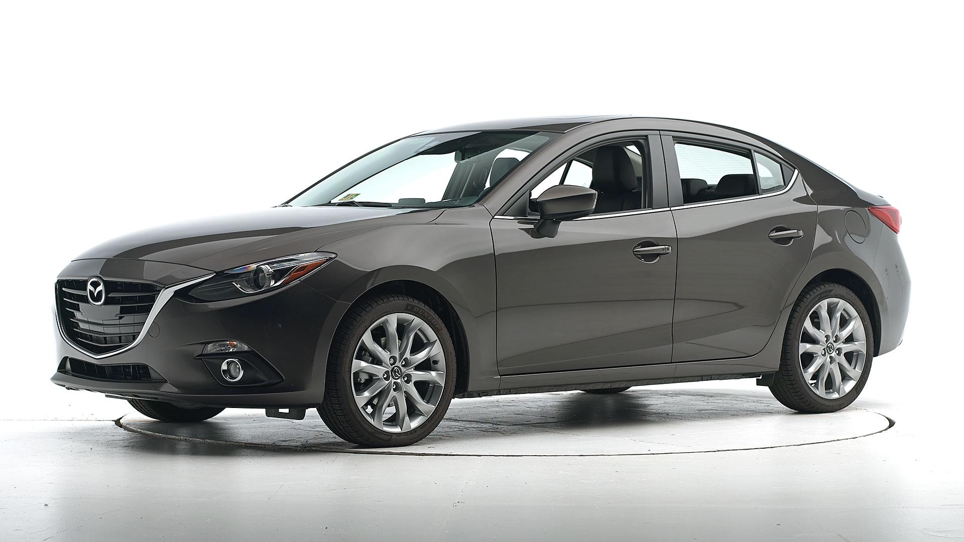 Iihs Safety Ratings >> 2016 Mazda 3