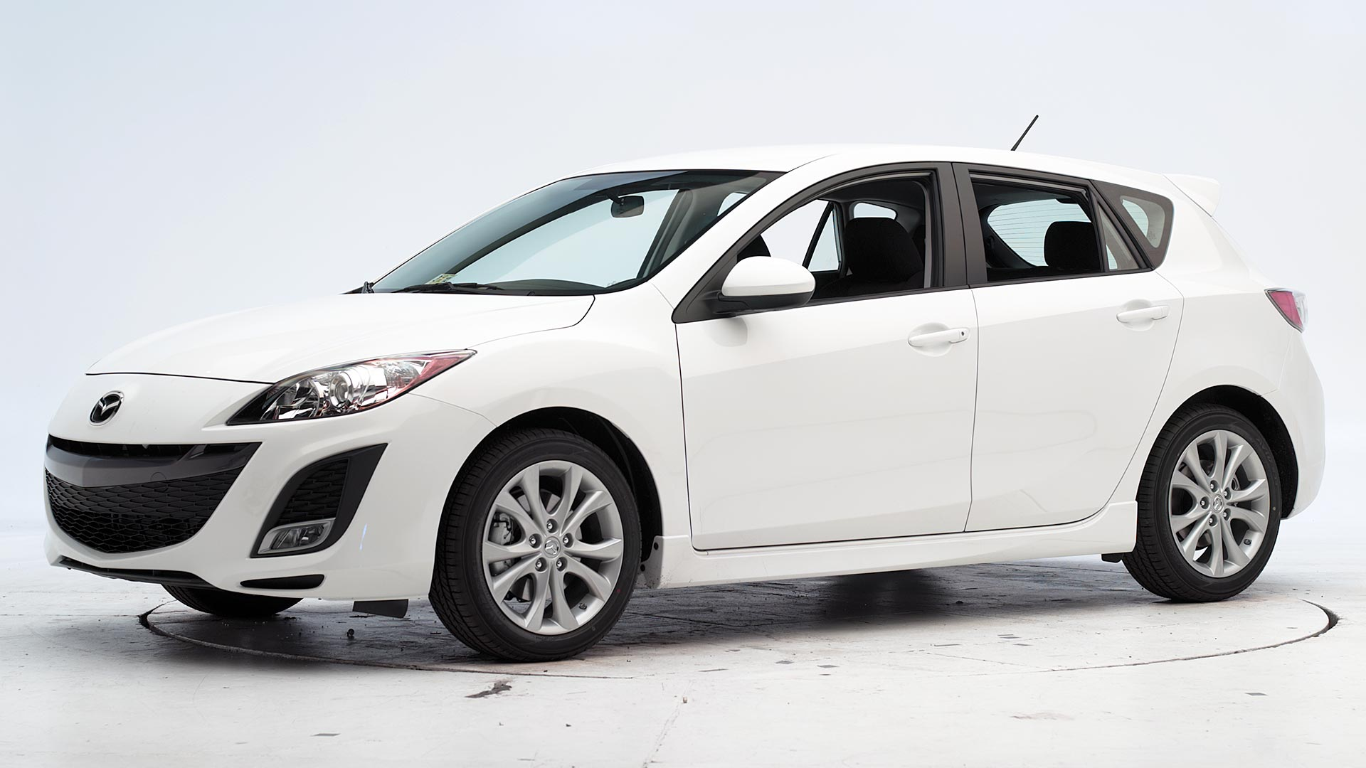 2011 Mazda 3 4-door hatchback