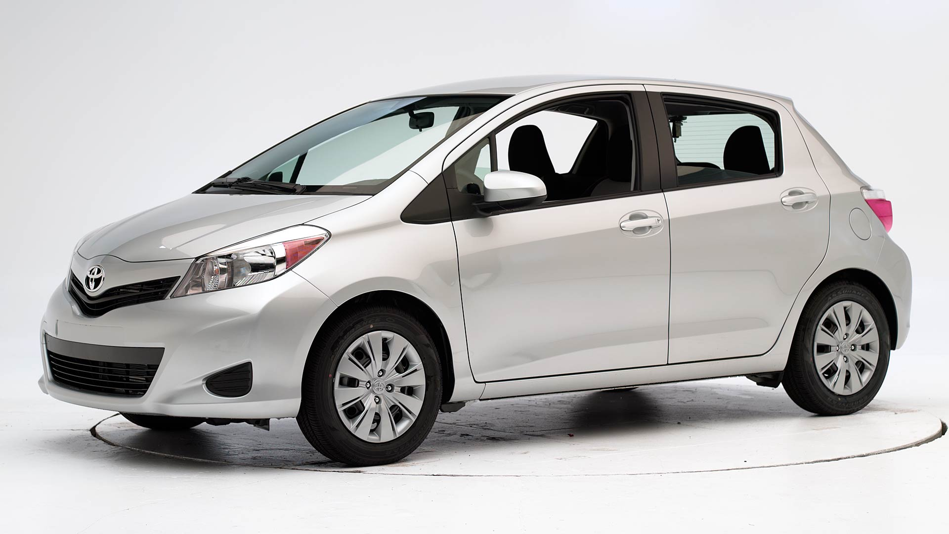 2012 Toyota Yaris 4-door hatchback