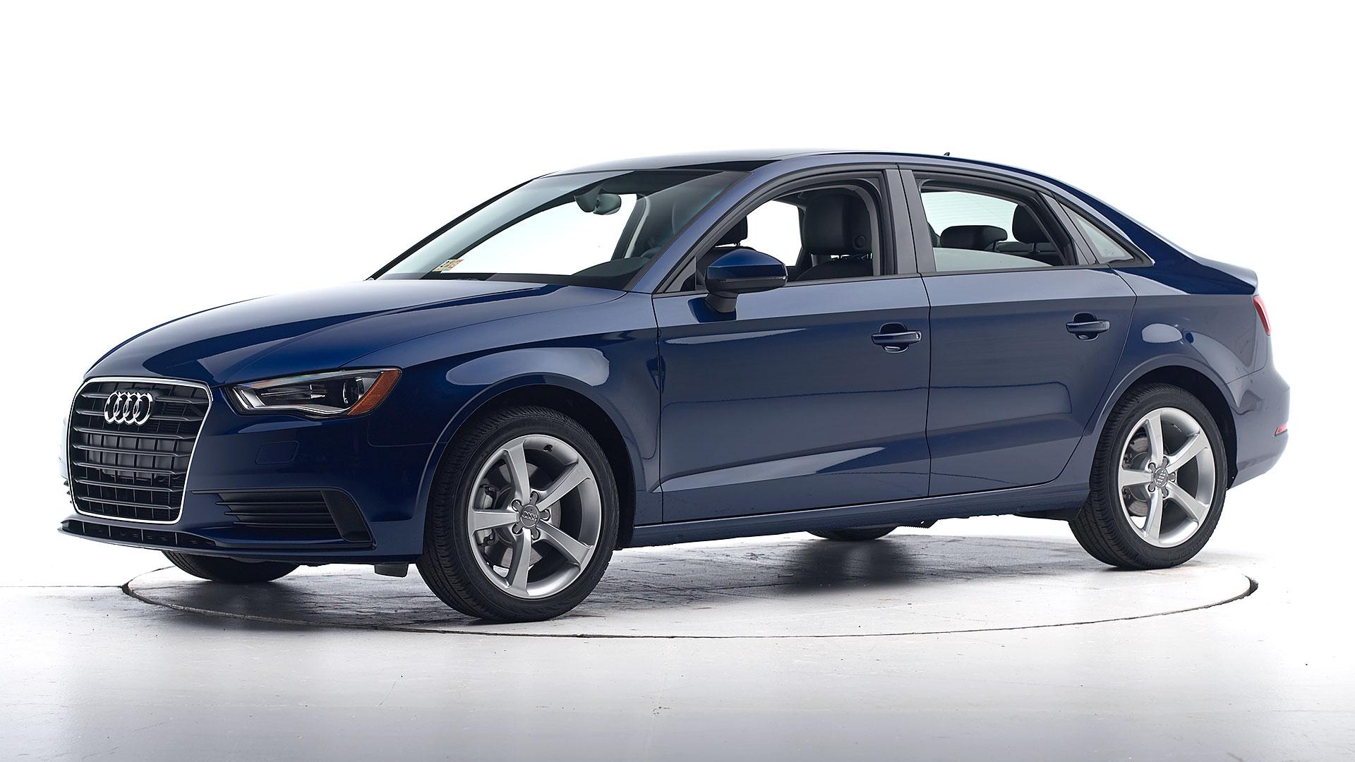 Kelebihan Kekurangan Audi A3 2015 Murah Berkualitas