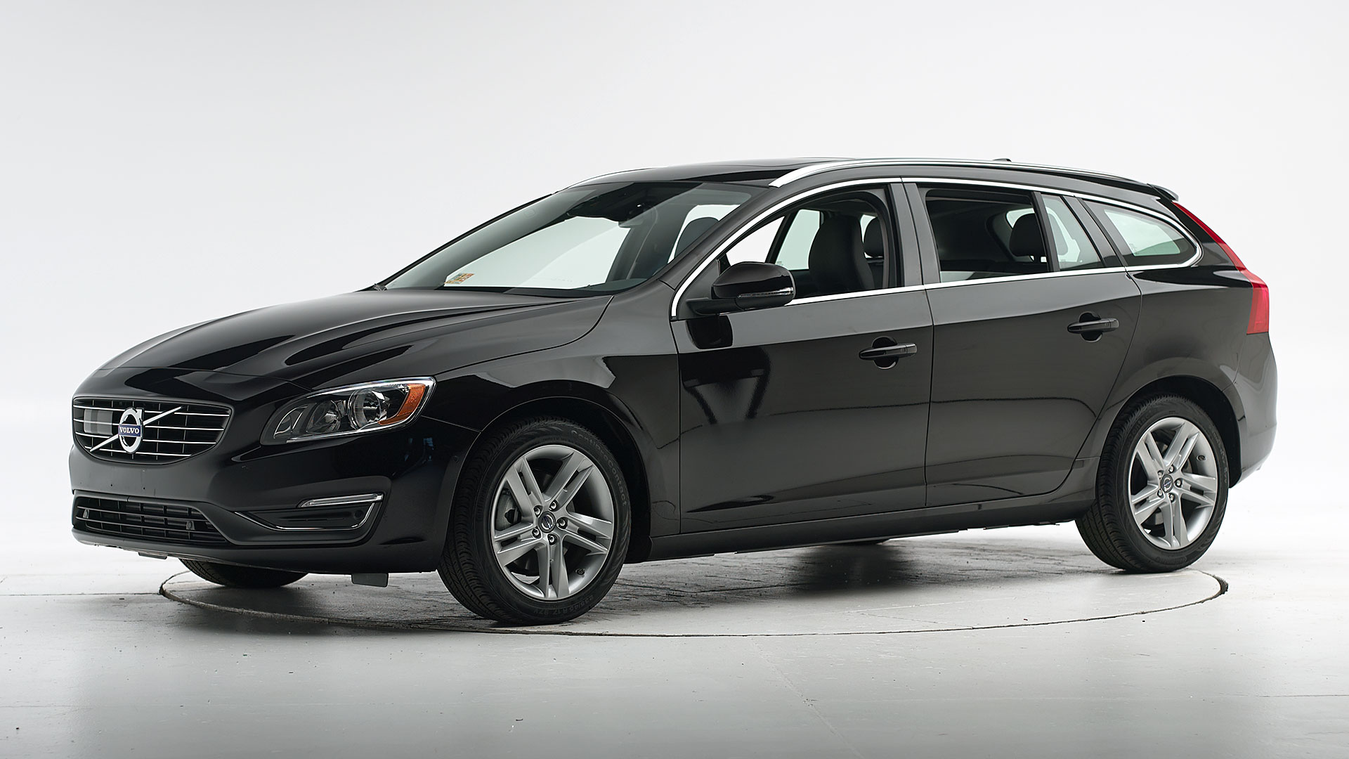 2017 Volvo V60 4-door wagon