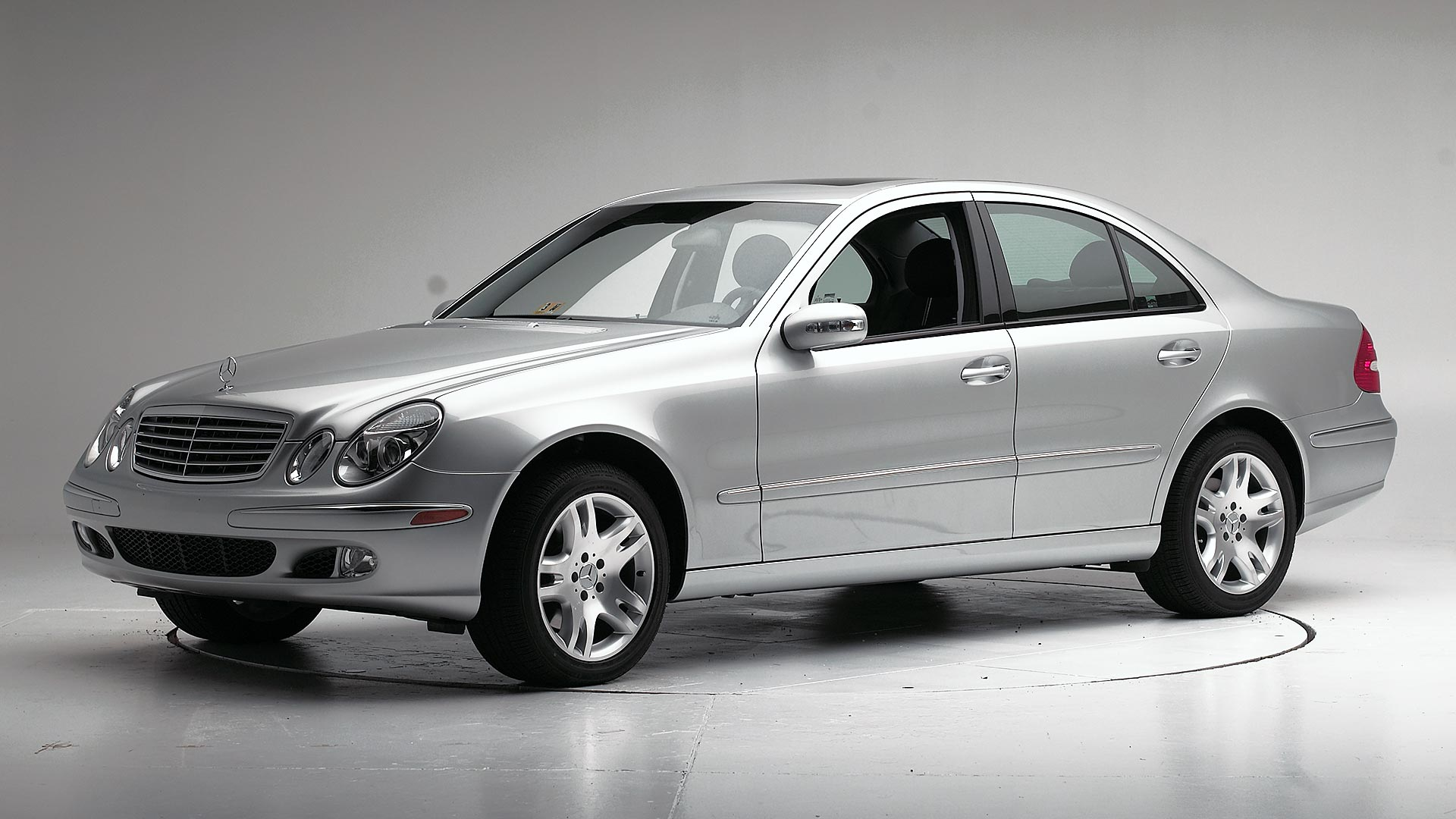 2004 Mercedes-Benz E-Class 4-door sedan