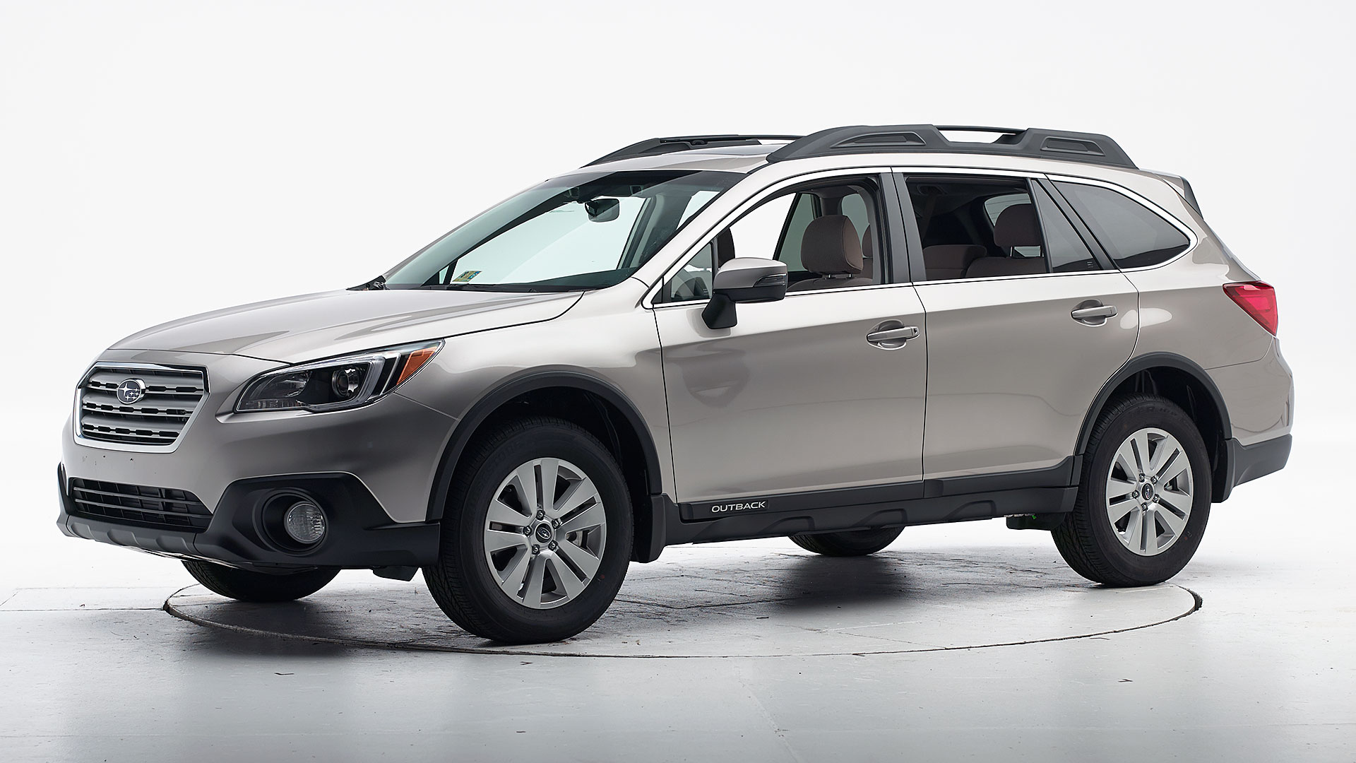 2015 Subaru Outback Crossover SUV Review | Autobytel.com |Small Subaru Outback